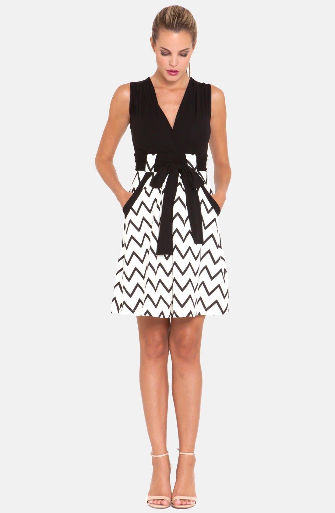 OLIAN, Chevron Print Maternity Dress, Alternate thumbnail 3, color, 001