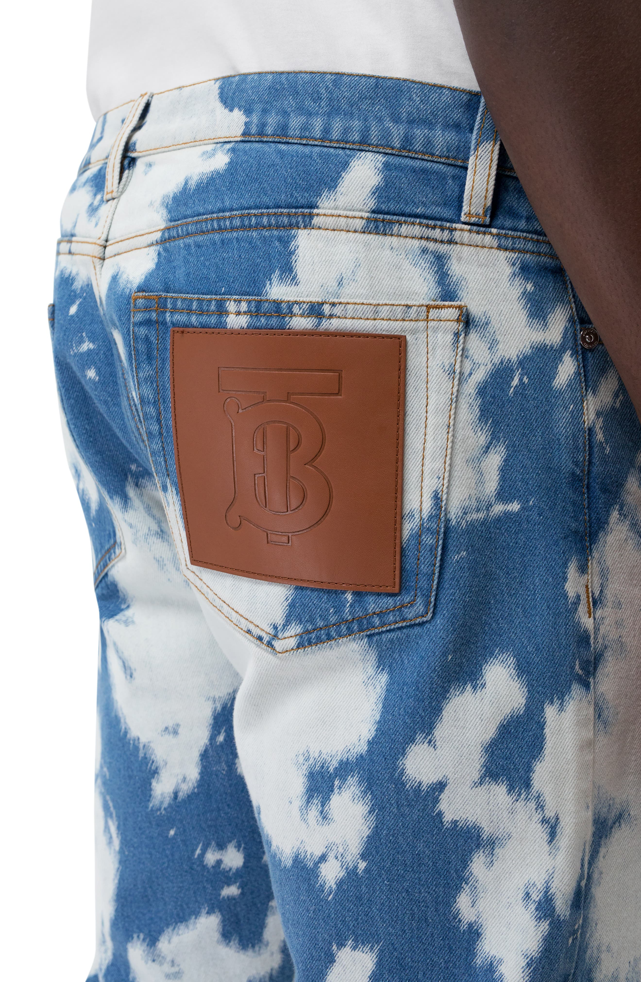 BURBERRY, Punk Bleached Straight Leg Jeans, Alternate thumbnail 4, color, LIGHT INDIGO