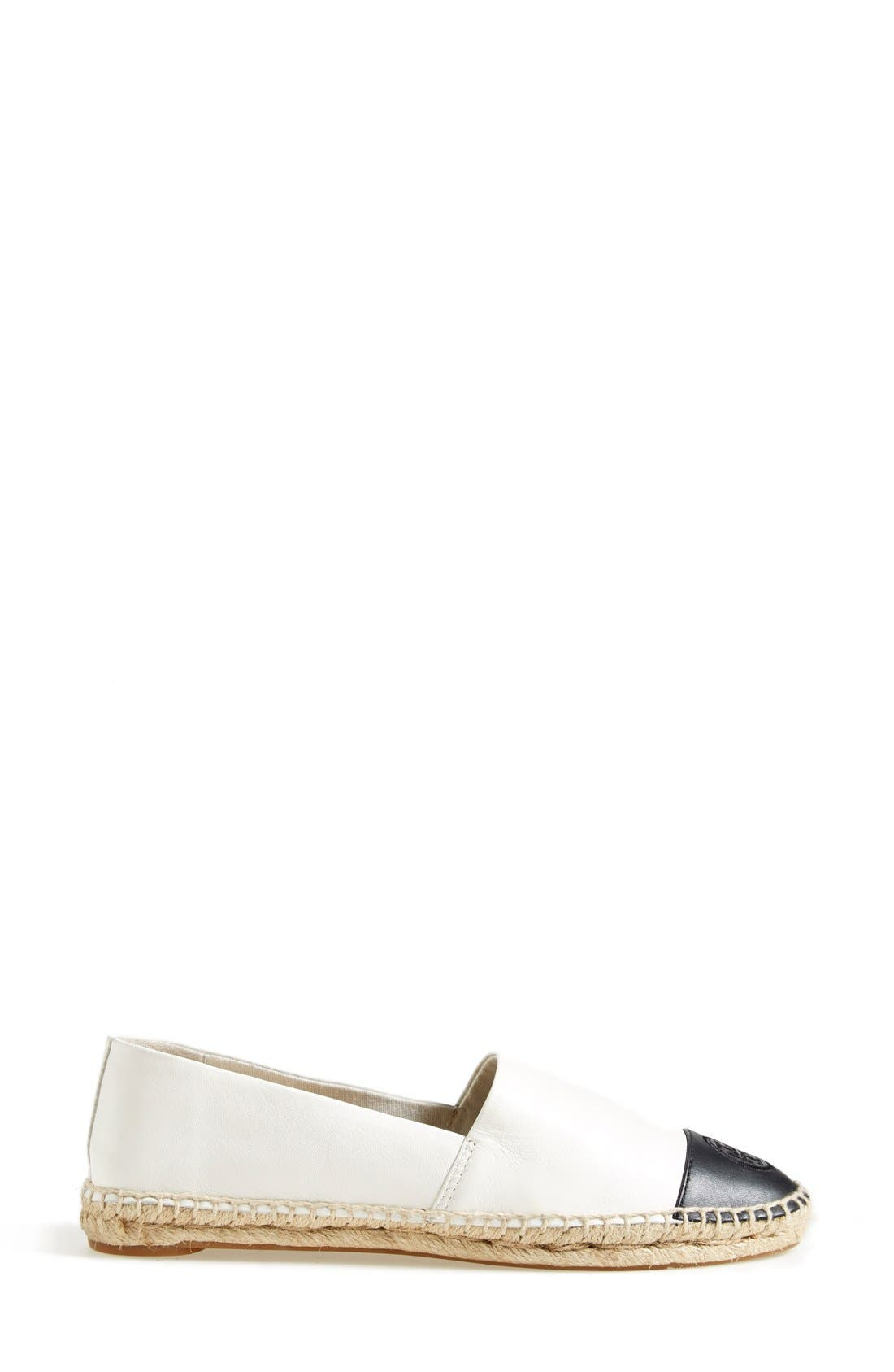 TORY BURCH, Colorblock Espadrille Flat, Alternate thumbnail 4, color, IVORY/ BLACK