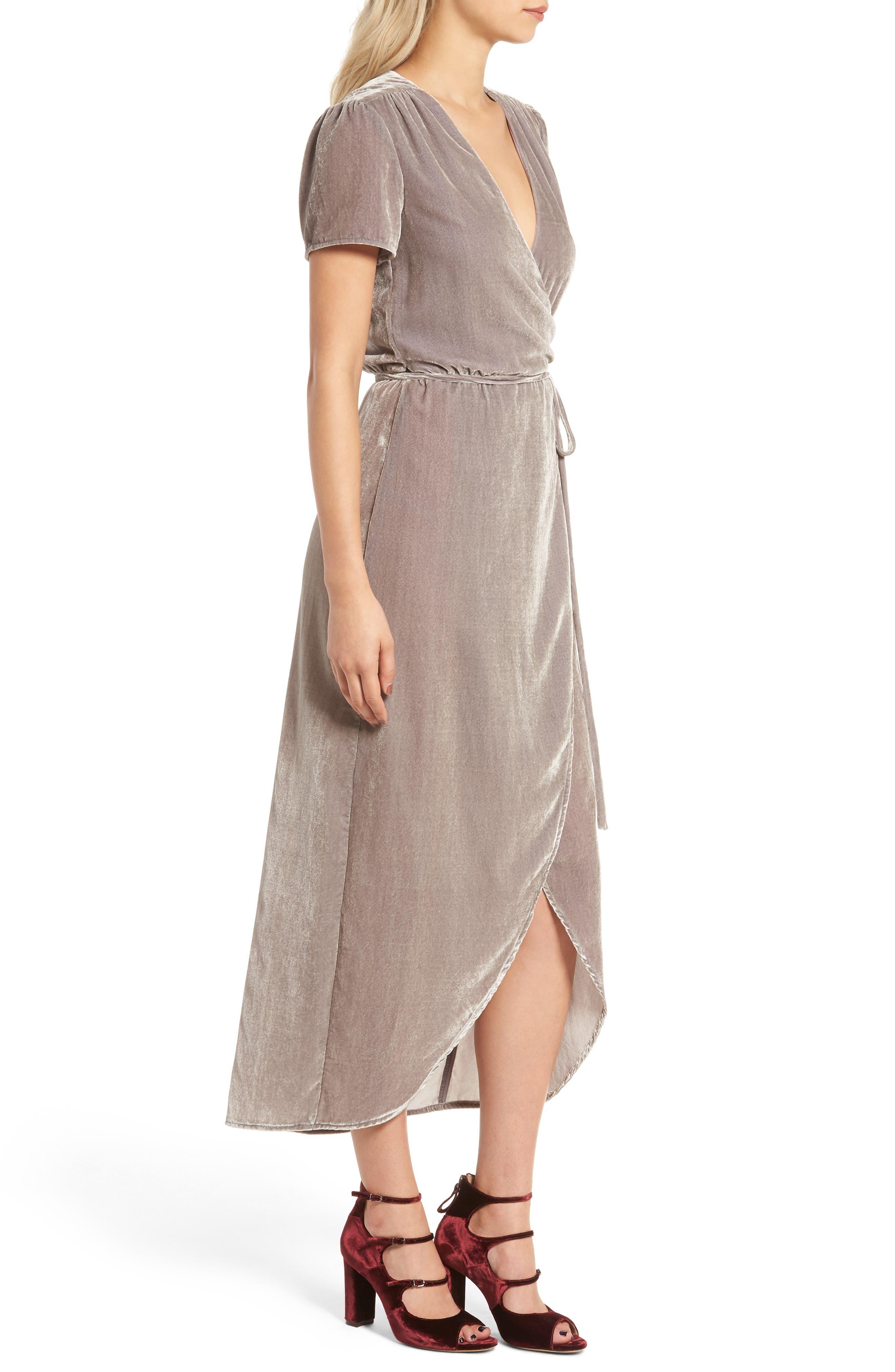 WAYF, Next to You Velvet Wrap Dress, Alternate thumbnail 4, color, 051