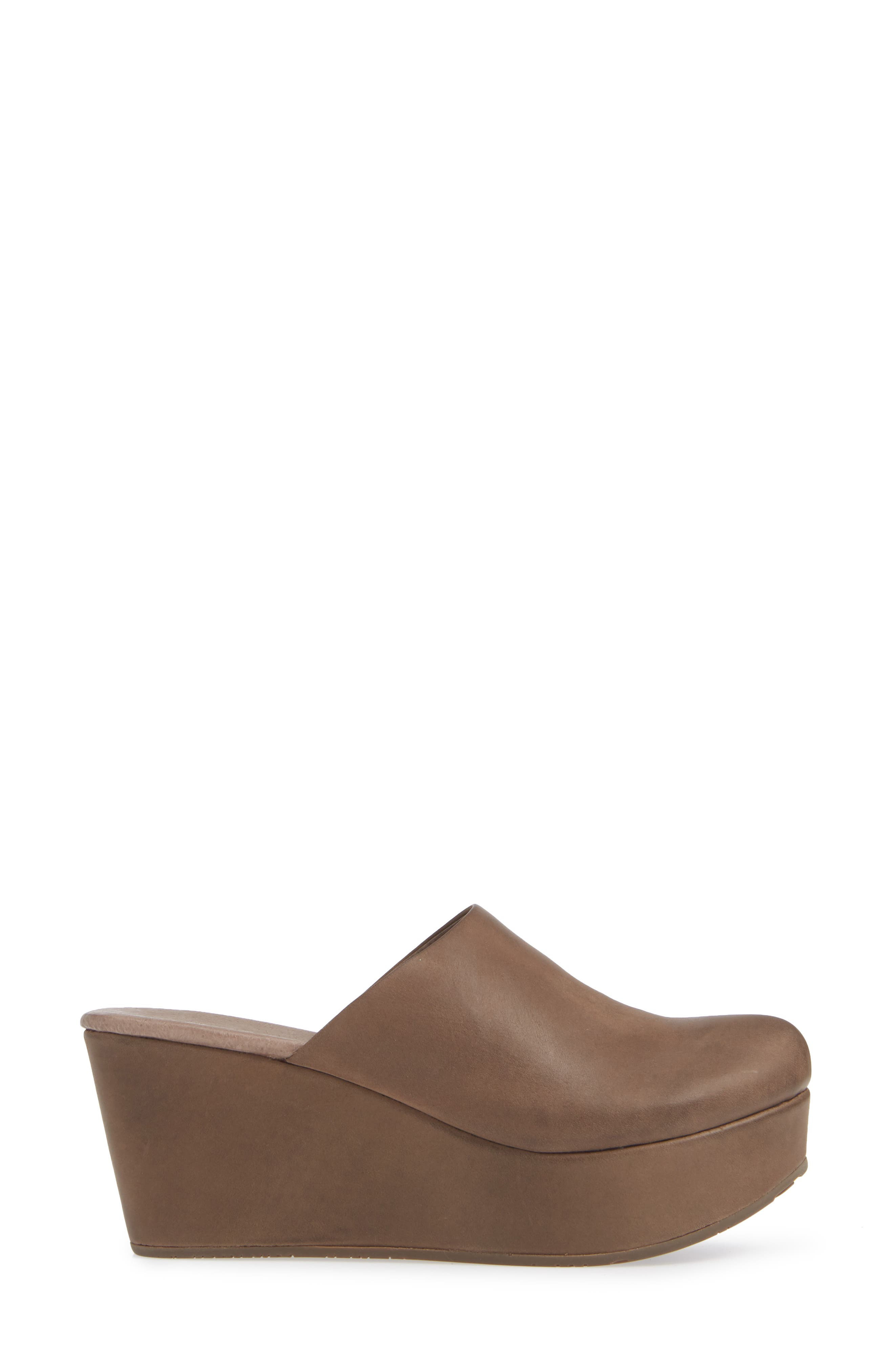CHOCOLAT BLU, Wylie Wedge Mule, Alternate thumbnail 3, color, CHOCOLATE LEATHER
