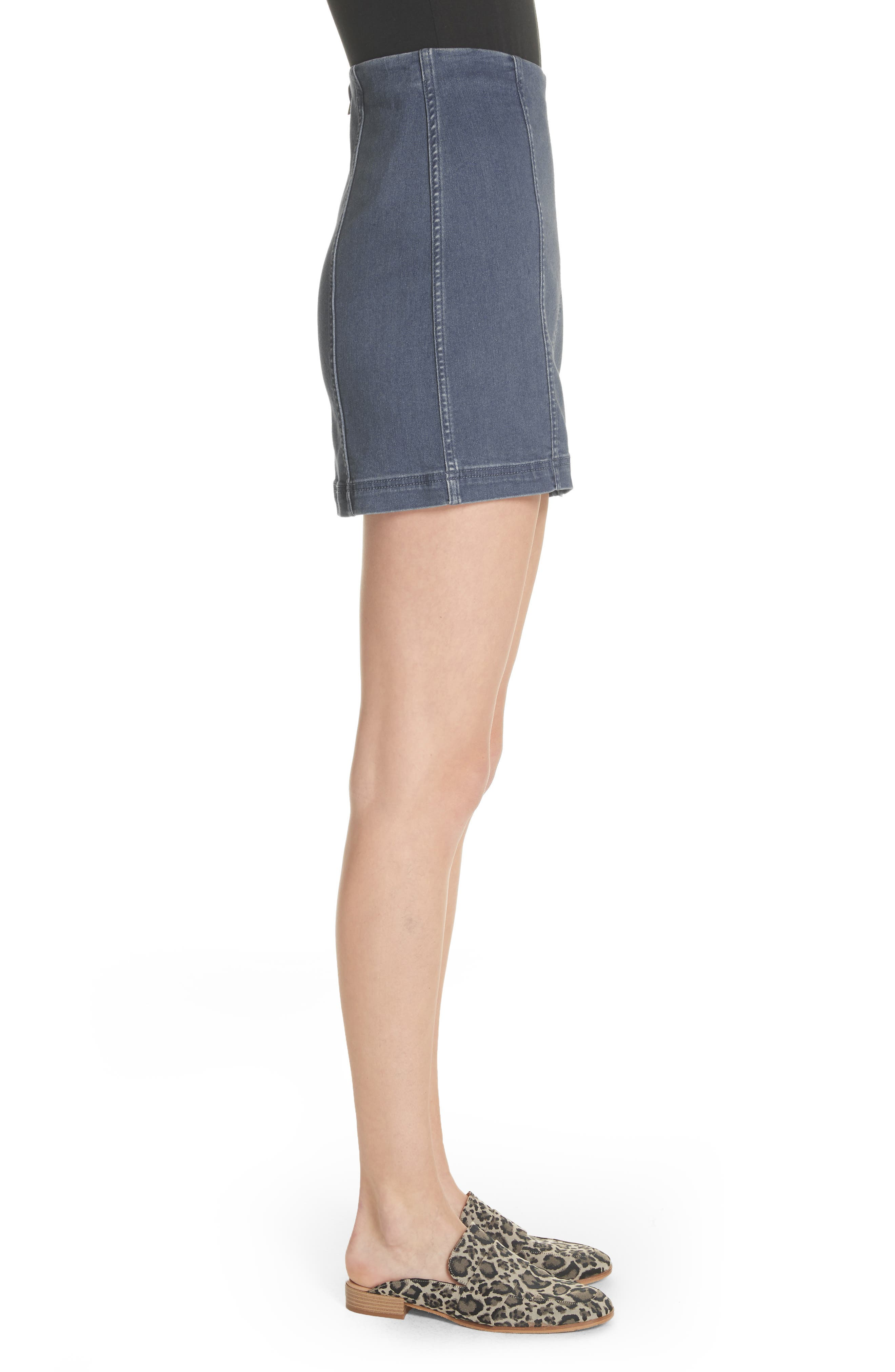 FREE PEOPLE, We the Free by Free People Modern Denim Miniskirt, Alternate thumbnail 4, color, 400