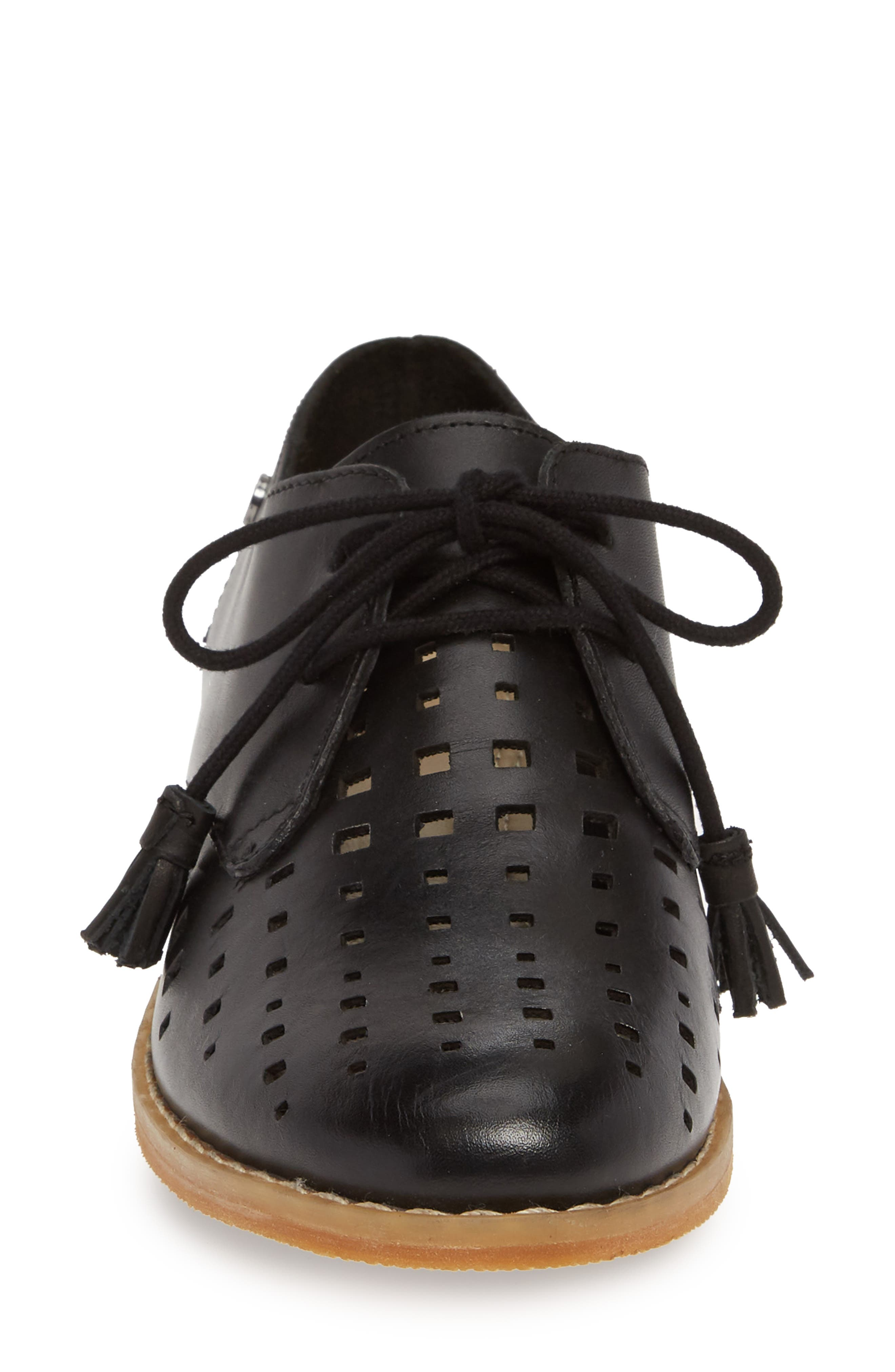 HUSH PUPPIES<SUP>®</SUP>, Chardon Perforated Derby, Alternate thumbnail 4, color, BLACK LEATHER