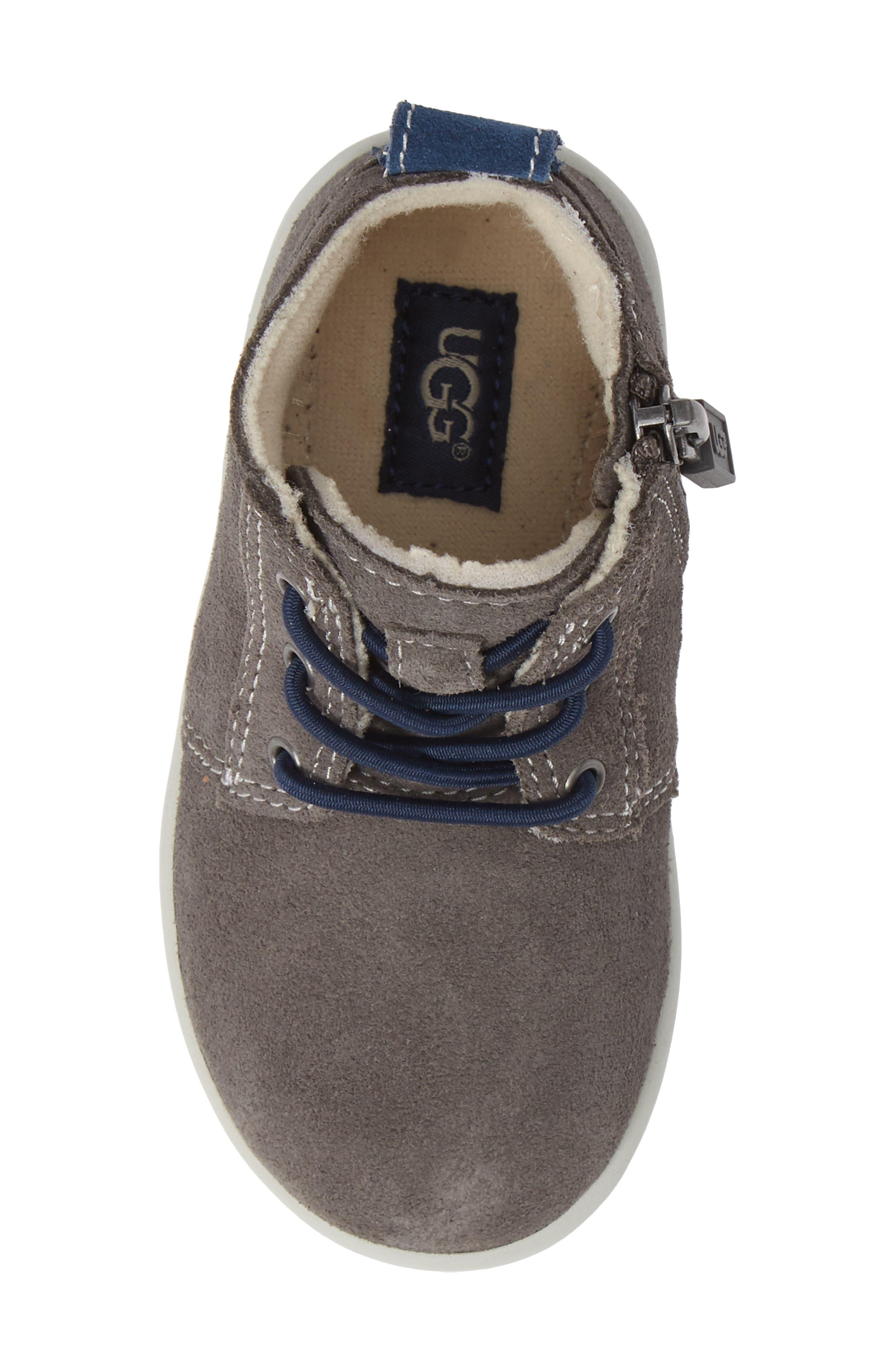 UGG<SUP>®</SUP>, Kristjan Chukka Sneaker, Alternate thumbnail 5, color, CHARCOAL GREY