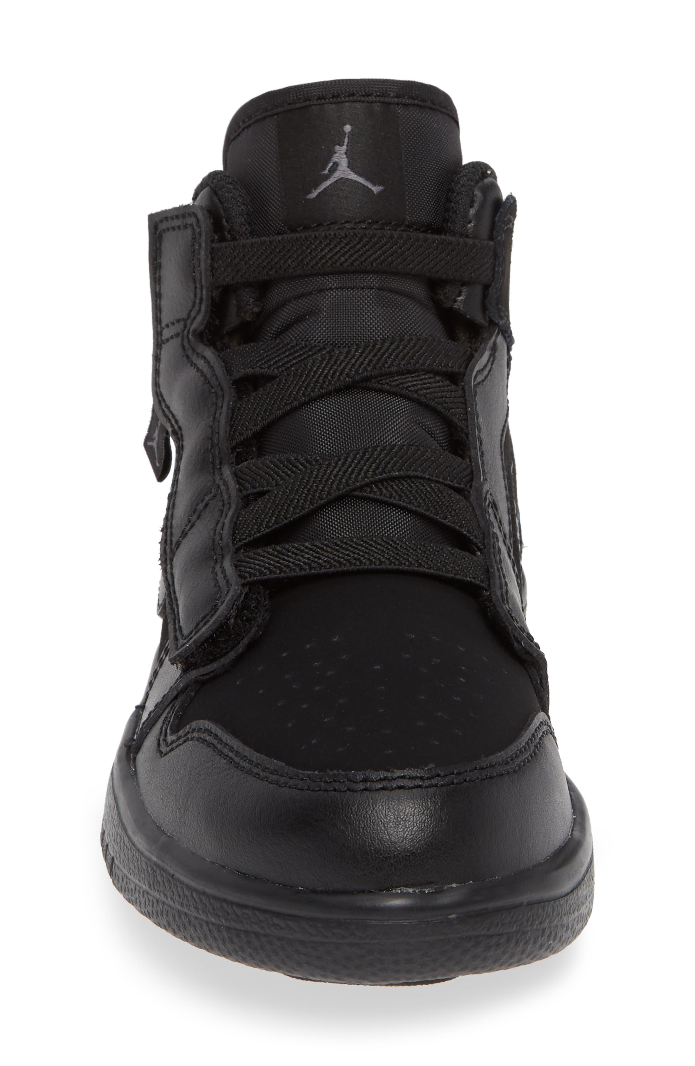JORDAN, 1 Mid Basketball Shoe, Alternate thumbnail 4, color, BLACK/ DARK GREY