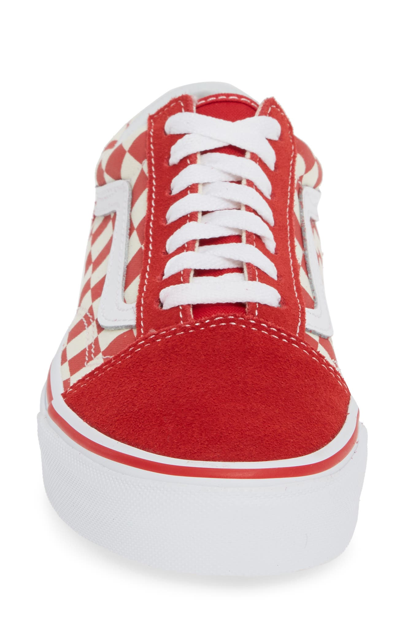 VANS, Old Skool Sneaker, Alternate thumbnail 4, color, RACING RED/ WHITE
