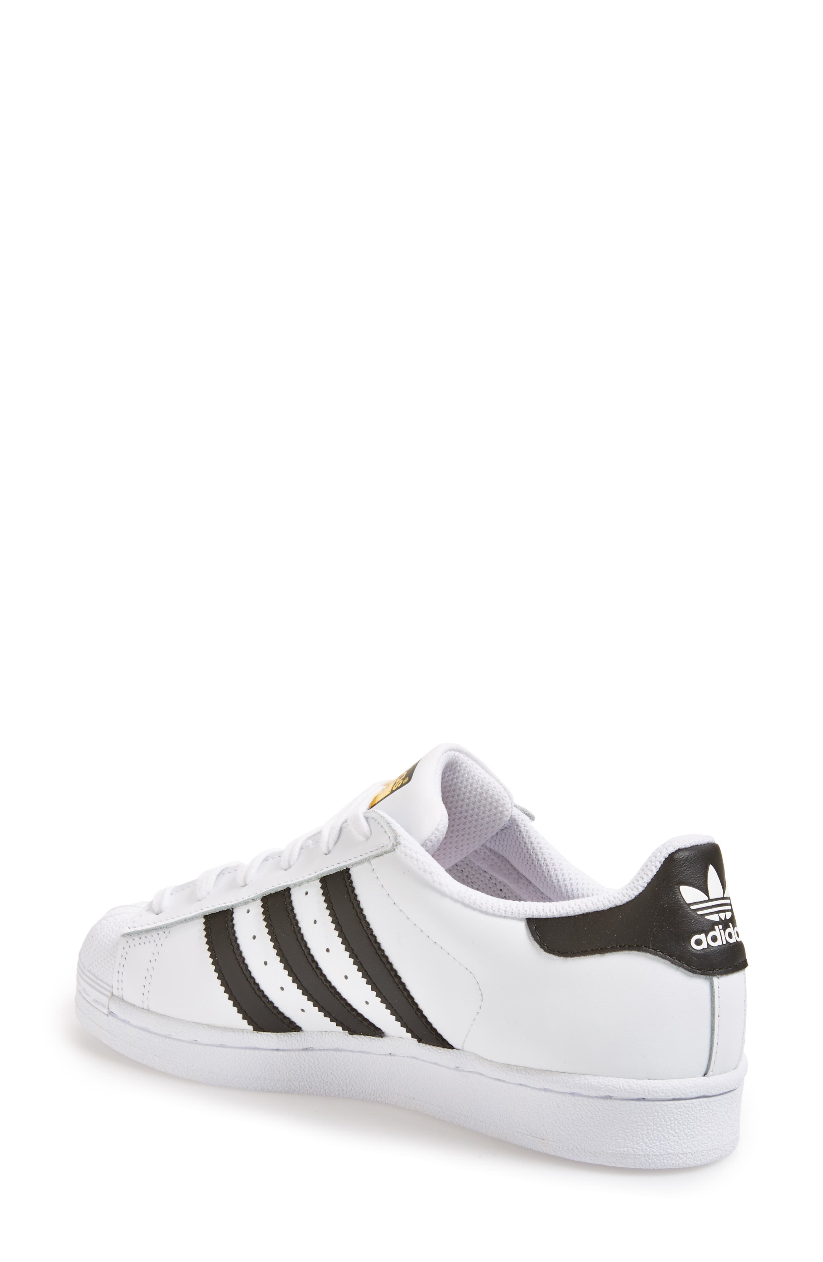 ADIDAS, Superstar Sneaker, Alternate thumbnail 2, color, WHITE/ BLACK