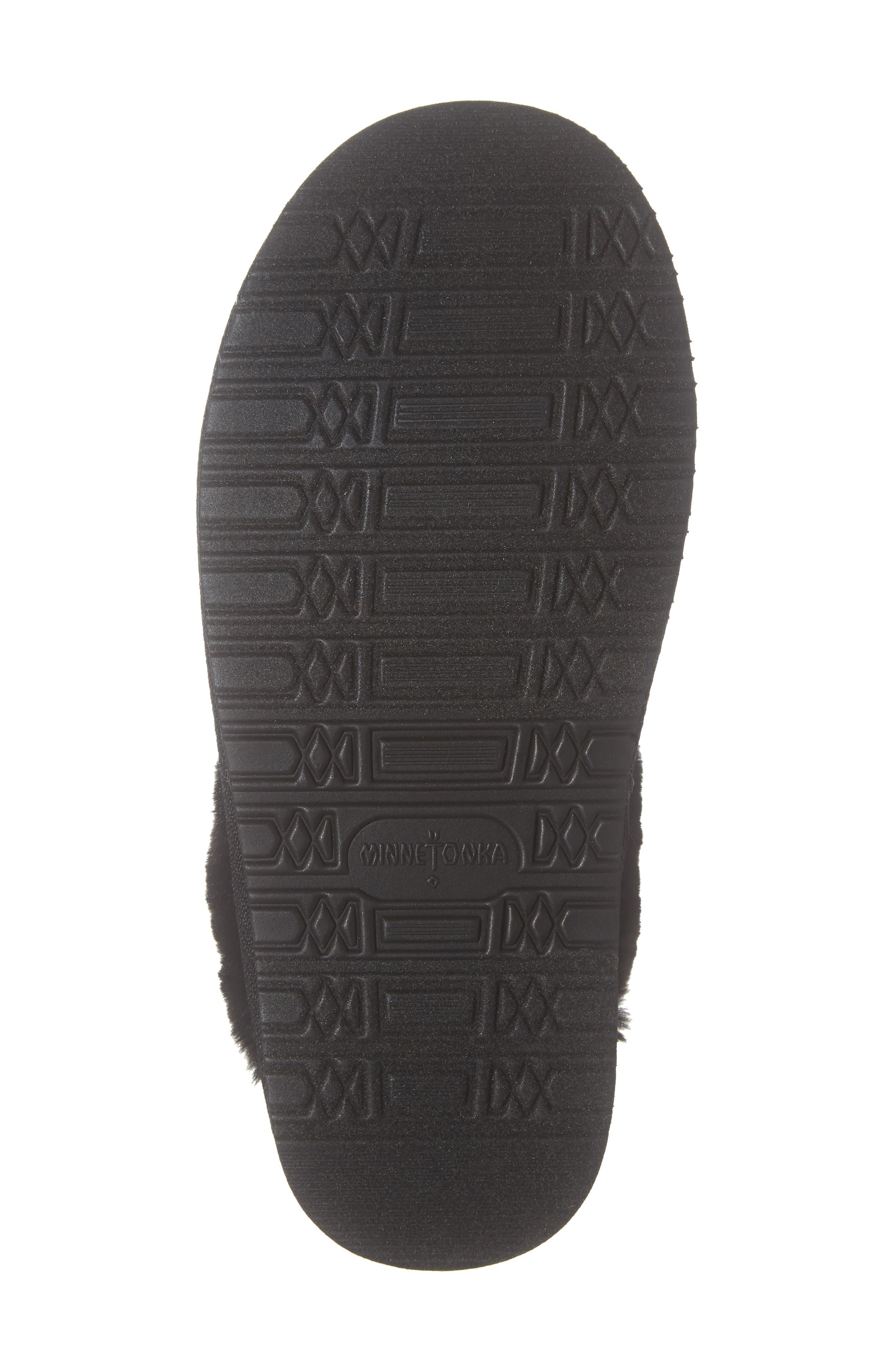 MINNETONKA, Mule Slipper, Alternate thumbnail 6, color, BLACK/ WHITE PLAID FABRIC