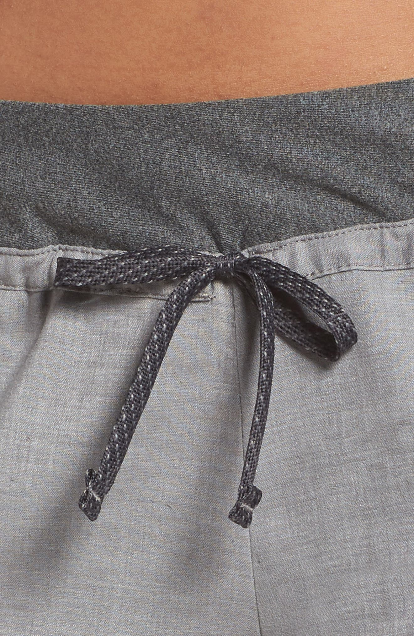 PATAGONIA, Women's Hampi Rock Pants, Alternate thumbnail 5, color, FEATHER GREY