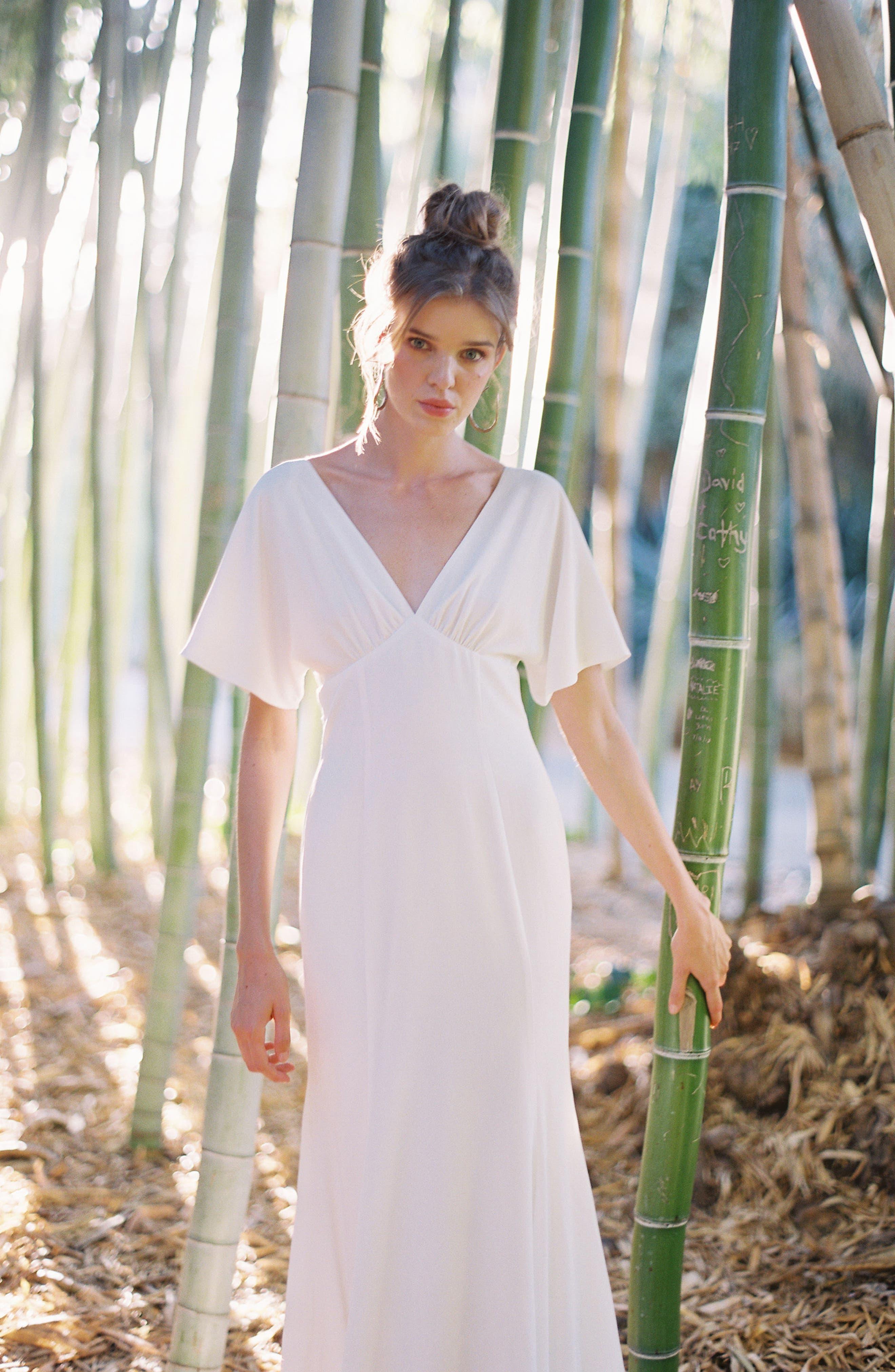 JOANNA AUGUST, Pattie Empire Waist Crepe Gown, Alternate thumbnail 4, color, WHITE