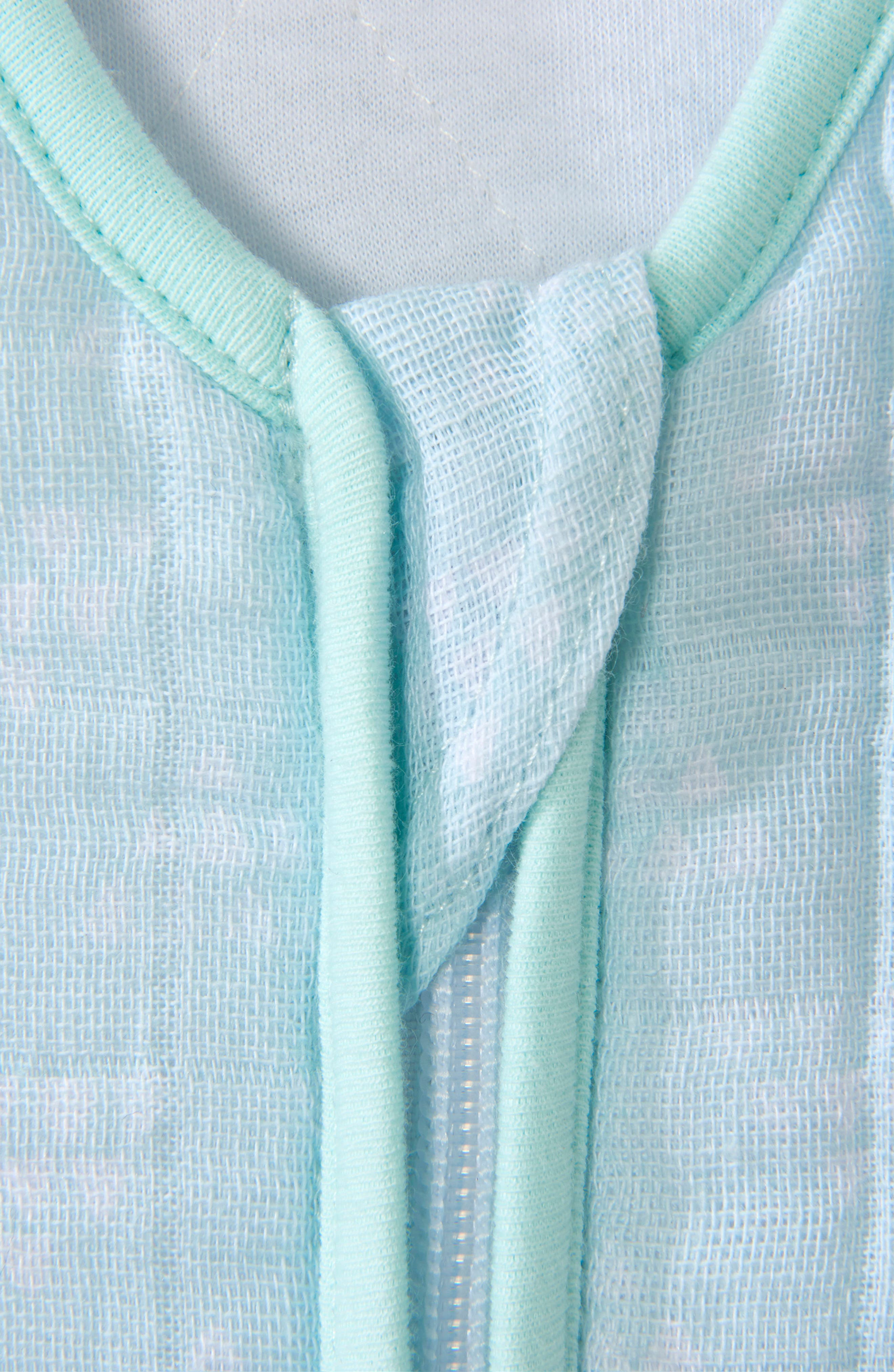 HALO<SUP>®</SUP>, Platinum Series SleepSack<sup>™</sup> Quilted Muslin Wearable Blanket, Alternate thumbnail 3, color, MINT PYRAMID