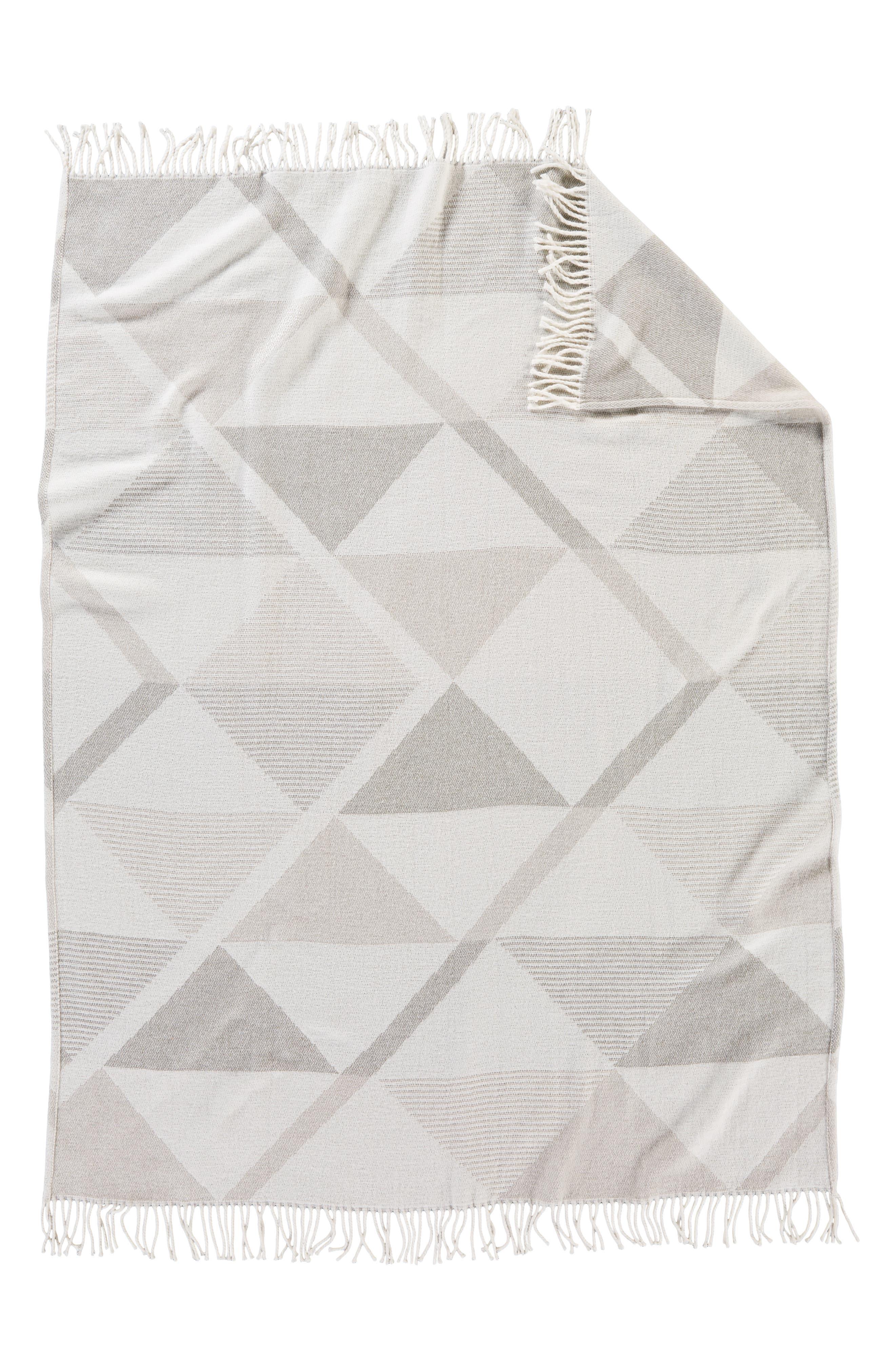 PENDLETON, Serrado Throw Blanket, Alternate thumbnail 3, color, GREY