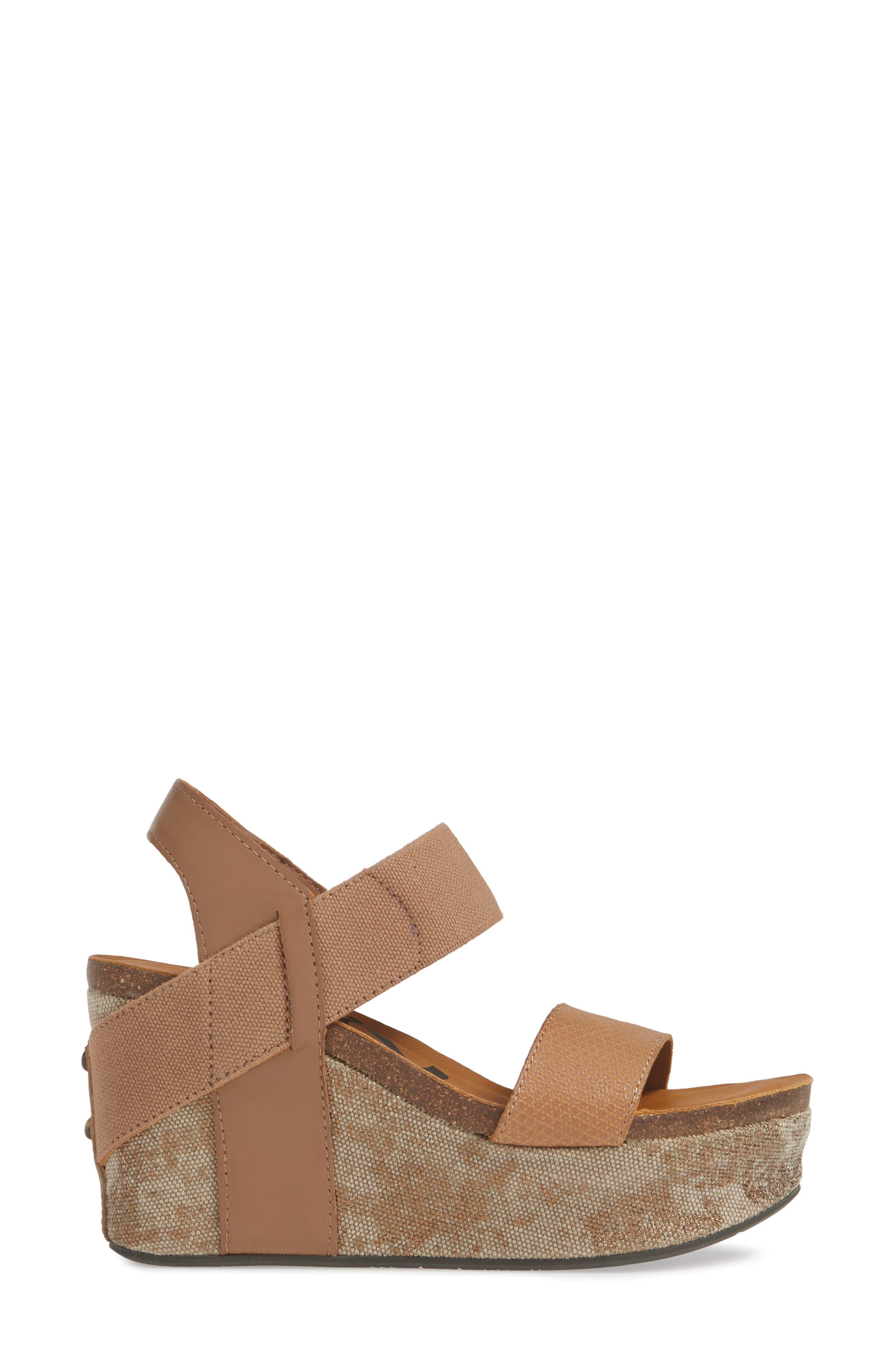 OTBT, 'Bushnell' Wedge Sandal, Alternate thumbnail 3, color, TAUPE LEATHER