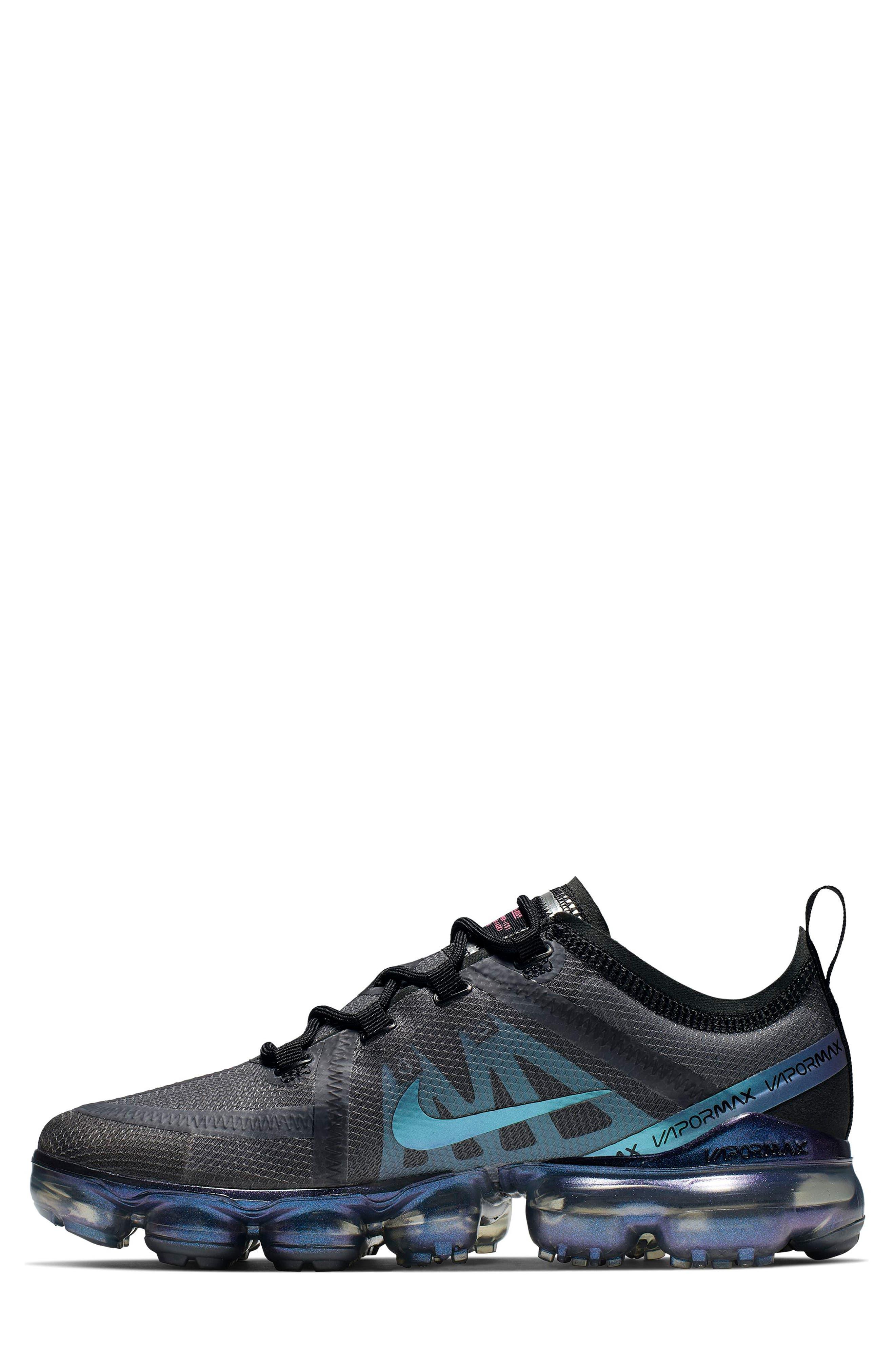 NIKE, Air VaporMax 2019 Running Shoe, Alternate thumbnail 3, color, BLACK/ MULTI COLOR