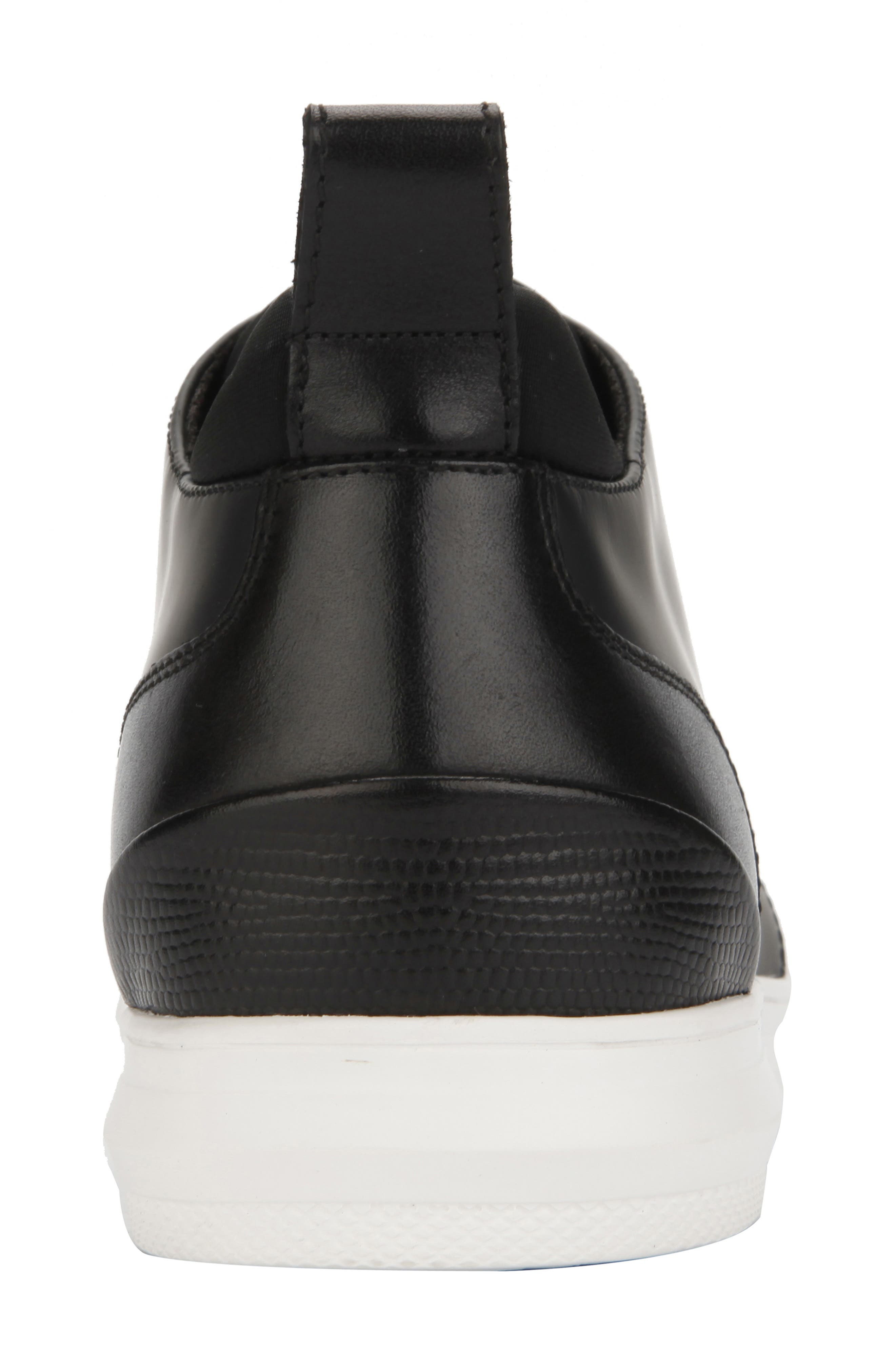 REACTION KENNETH COLE, Reemer Chukka Sneaker, Alternate thumbnail 5, color, BLACK