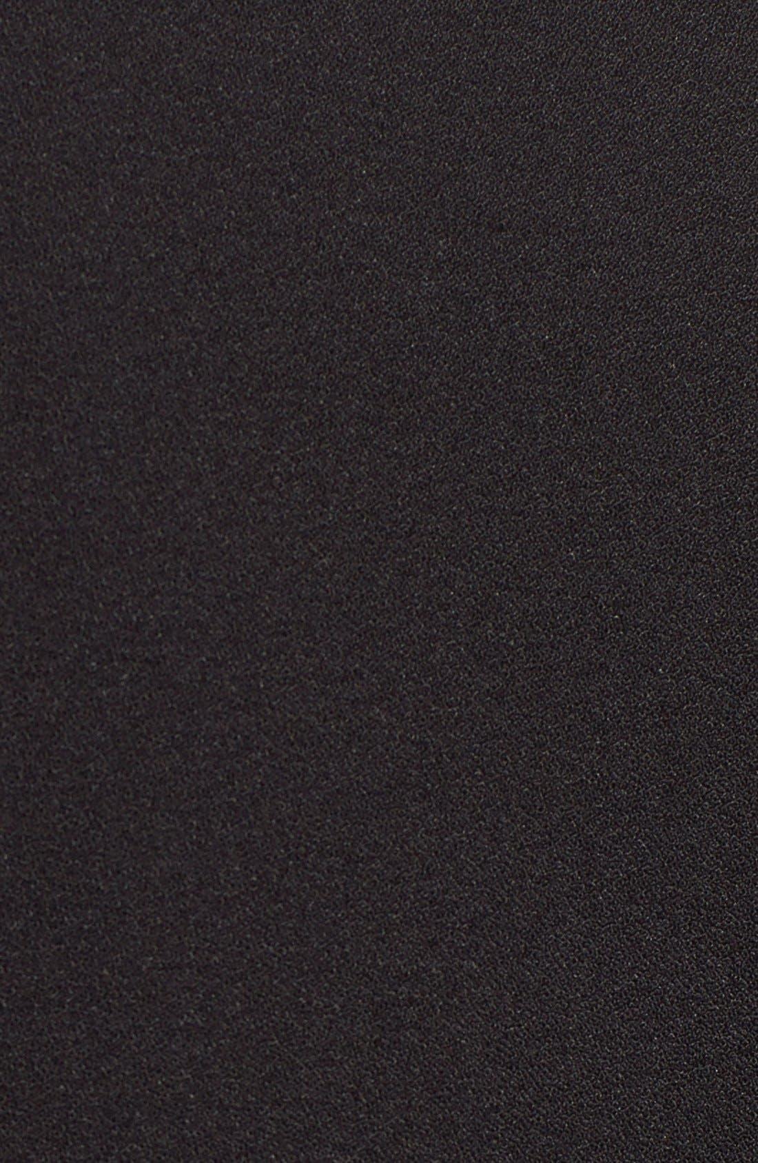 FELICITY & COCO, Devery Crepe Shift Dress, Alternate thumbnail 7, color, 001