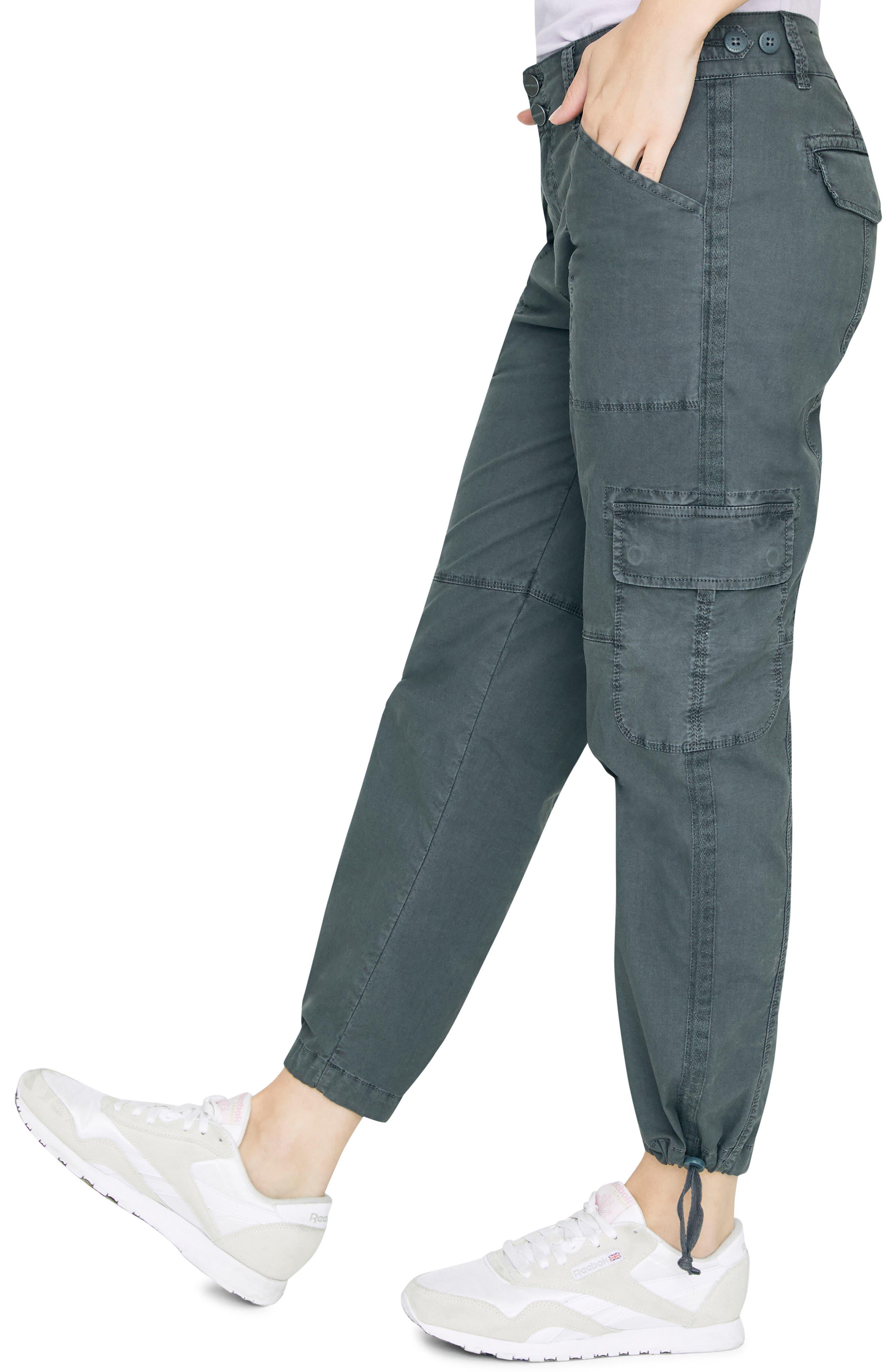 SANCTUARY, Terrain Crop Cargo Pants, Alternate thumbnail 4, color, WASHED FADED BLACK
