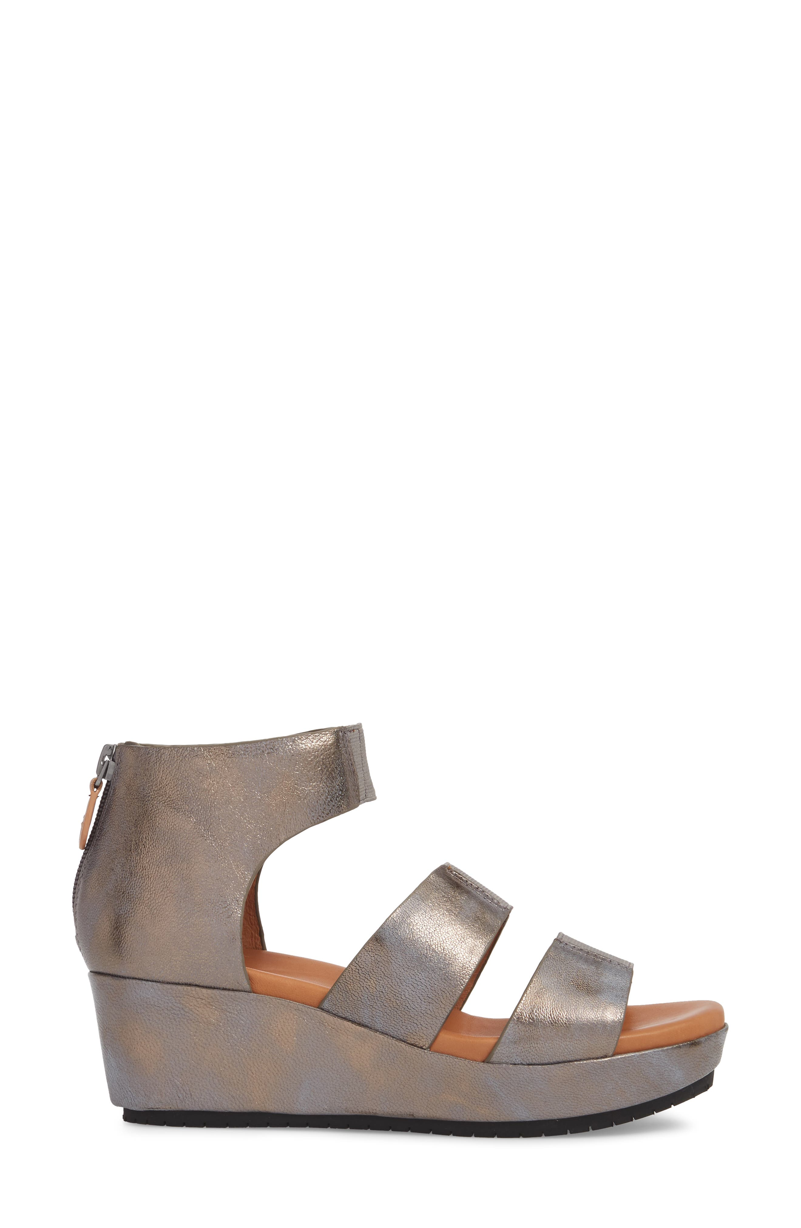 GENTLE SOULS BY KENNETH COLE, Milena Wedge Sandal, Alternate thumbnail 3, color, PEWTER METALLIC LEATHER