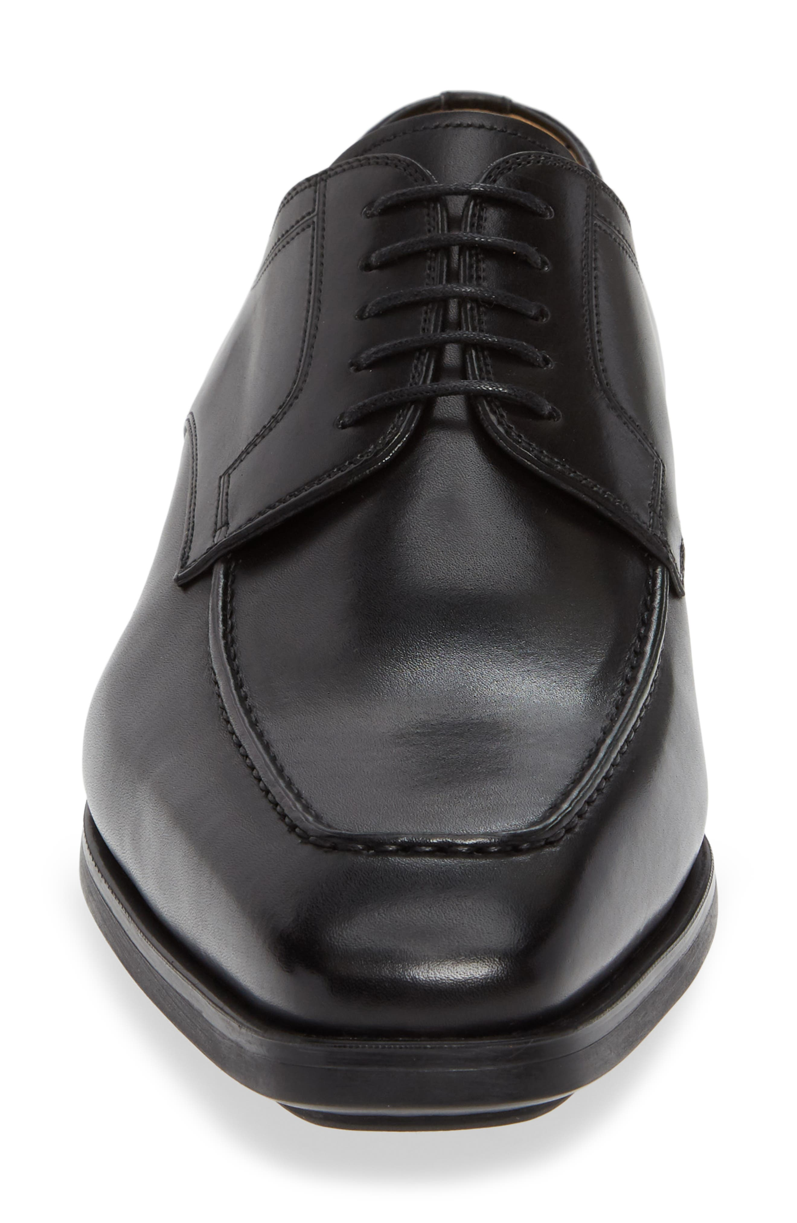 MAGNANNI, Romelo Diversa Apron Toe Derby, Alternate thumbnail 4, color, BLACK LEATHER