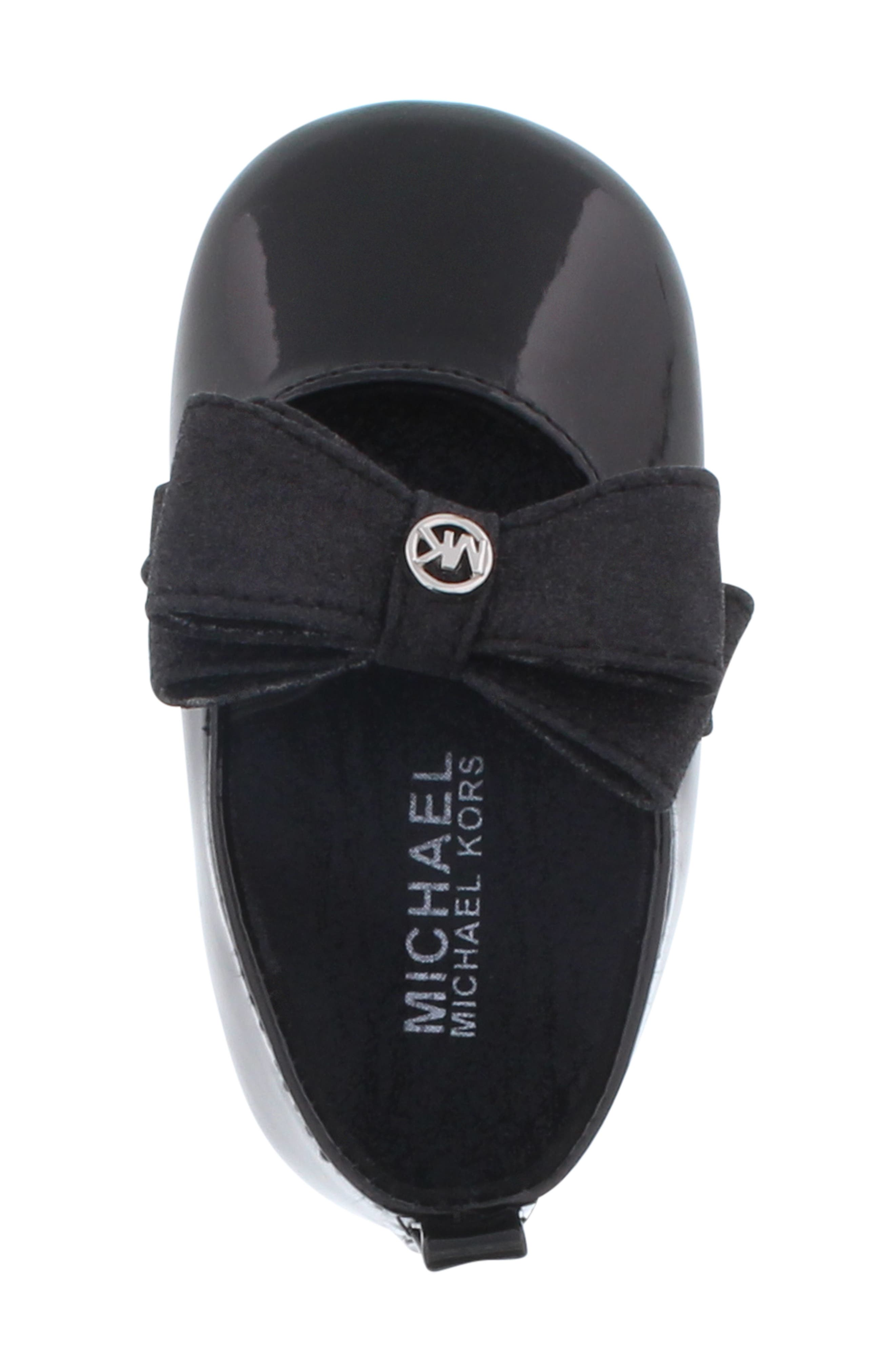 MICHAEL MICHAEL KORS, Baby Day Glittery Crib Flat, Alternate thumbnail 5, color, BLACK/ BLACK GLITTER