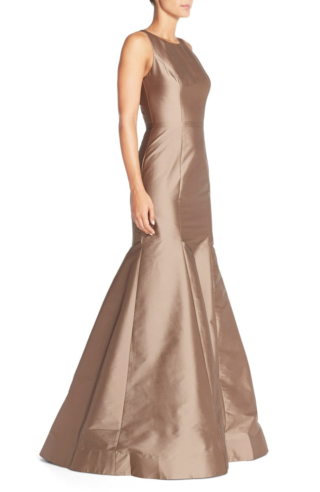 MONIQUE LHUILLIER BRIDESMAIDS, Back Cutout Taffeta Mermaid Gown, Alternate thumbnail 3, color, 909