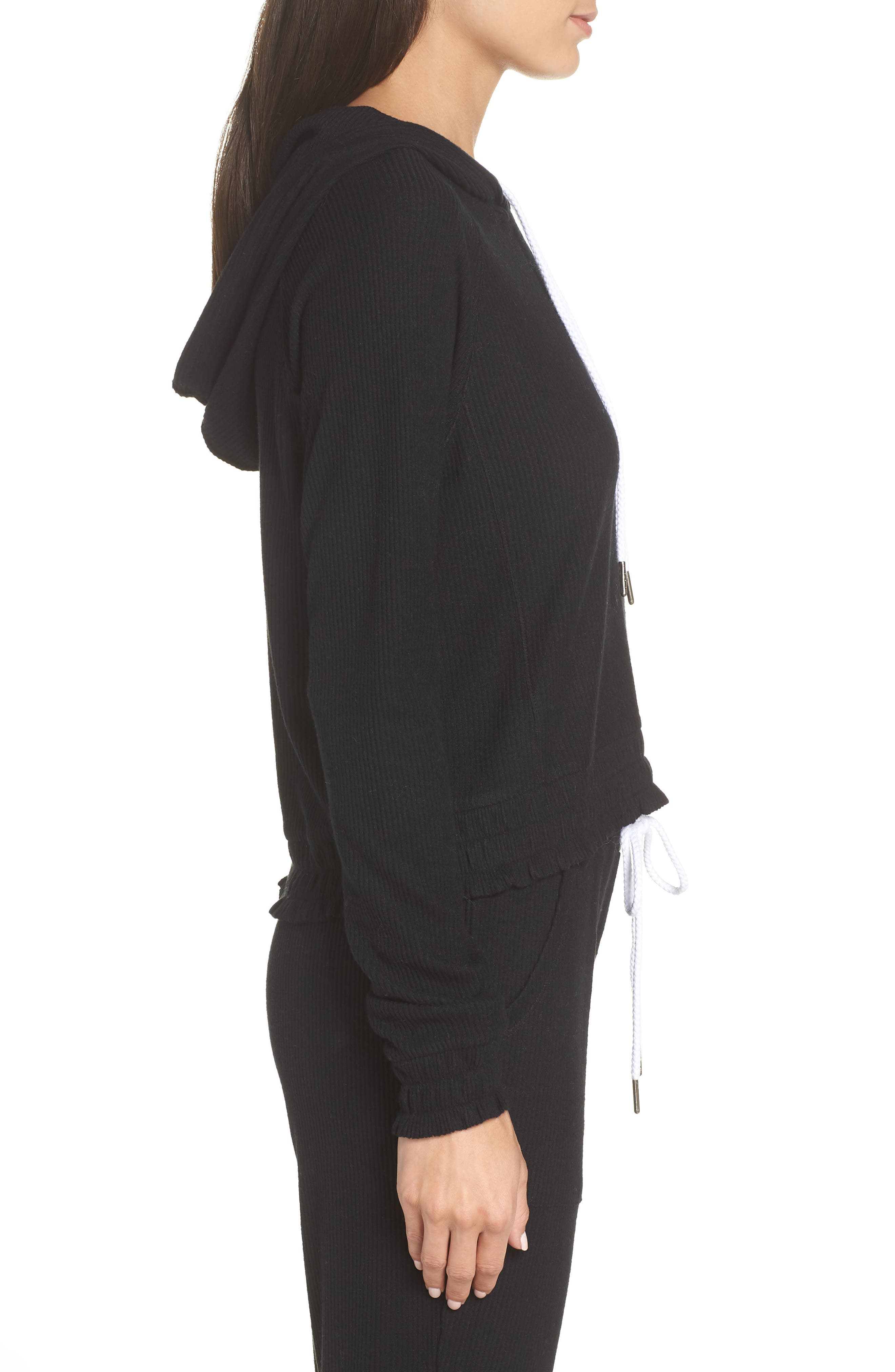 MAKE + MODEL, Cozy Up Cropped Ribbed Hoodie, Alternate thumbnail 3, color, 001
