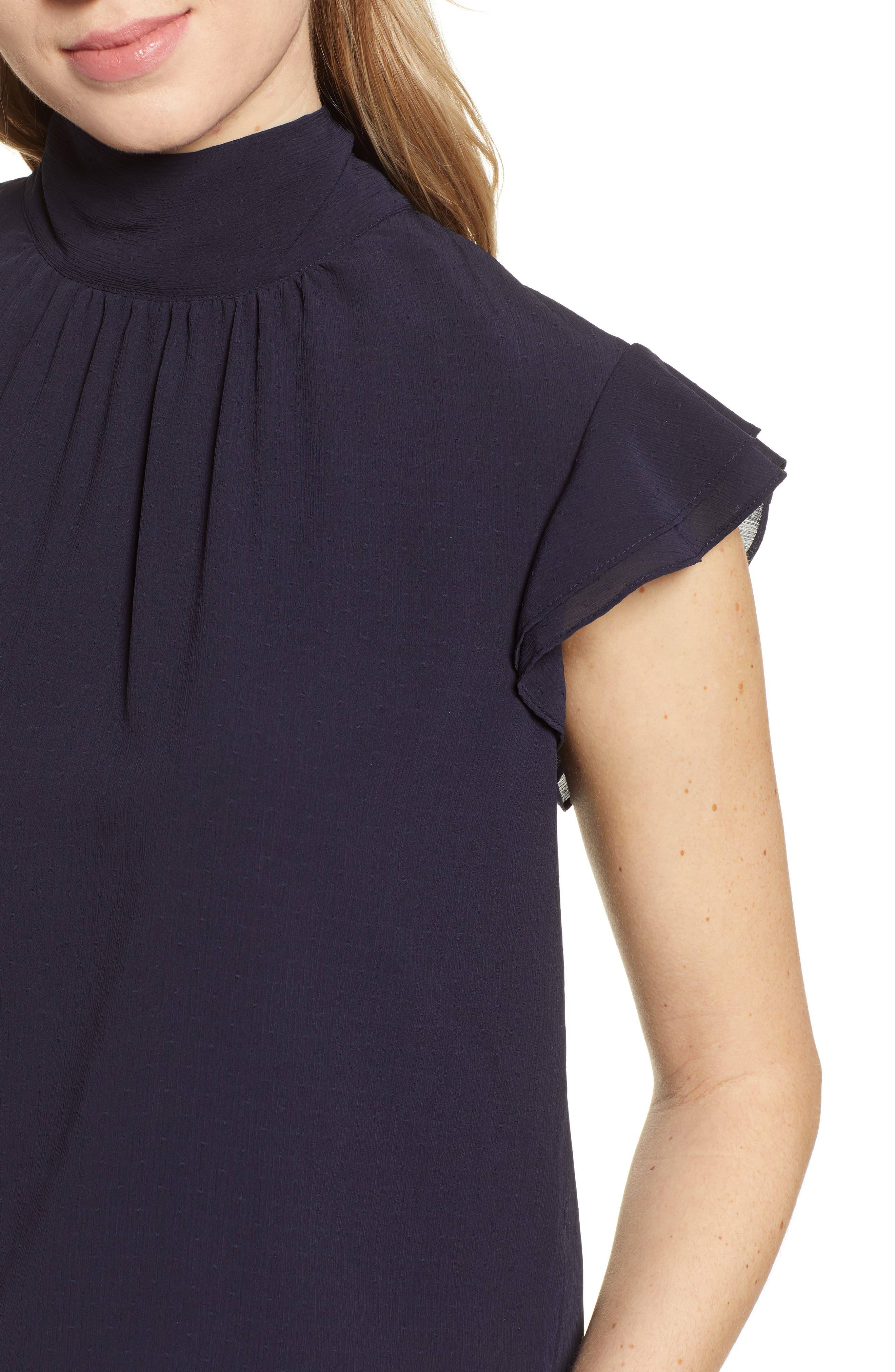 CHELSEA28, Dotted Crinkle Chiffon Top, Alternate thumbnail 4, color, NAVY NIGHT