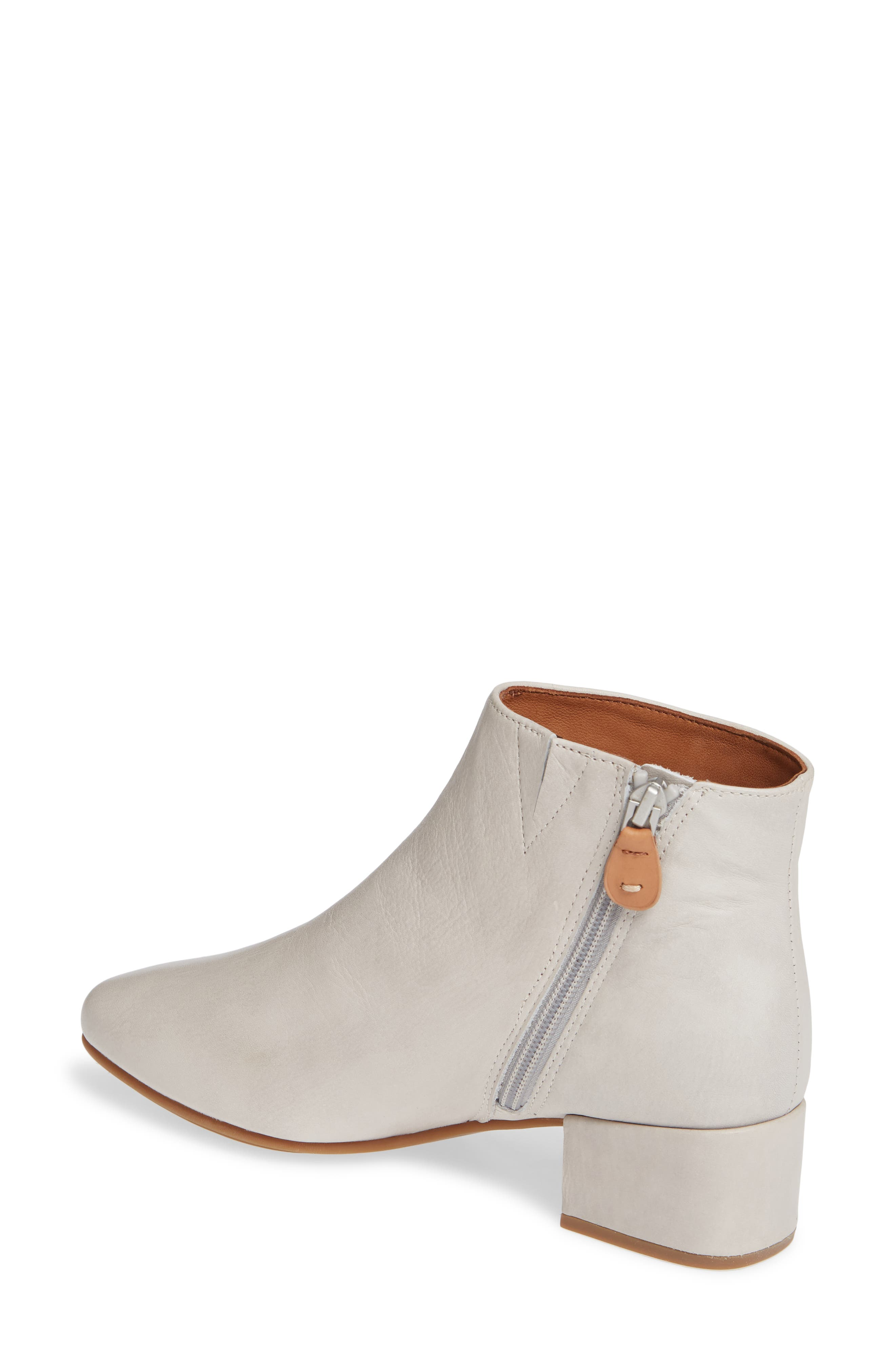 GENTLE SOULS BY KENNETH COLE, Ella Bootie, Alternate thumbnail 2, color, LIGHT GREY LEATHER
