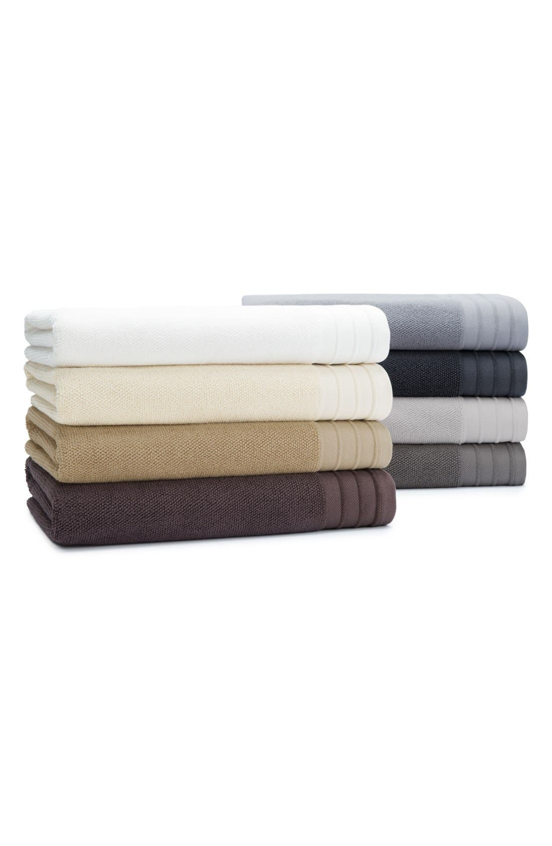 UGG<SUP>®</SUP>, Classic Luxe Bath Towel, Alternate thumbnail 4, color, SNOW