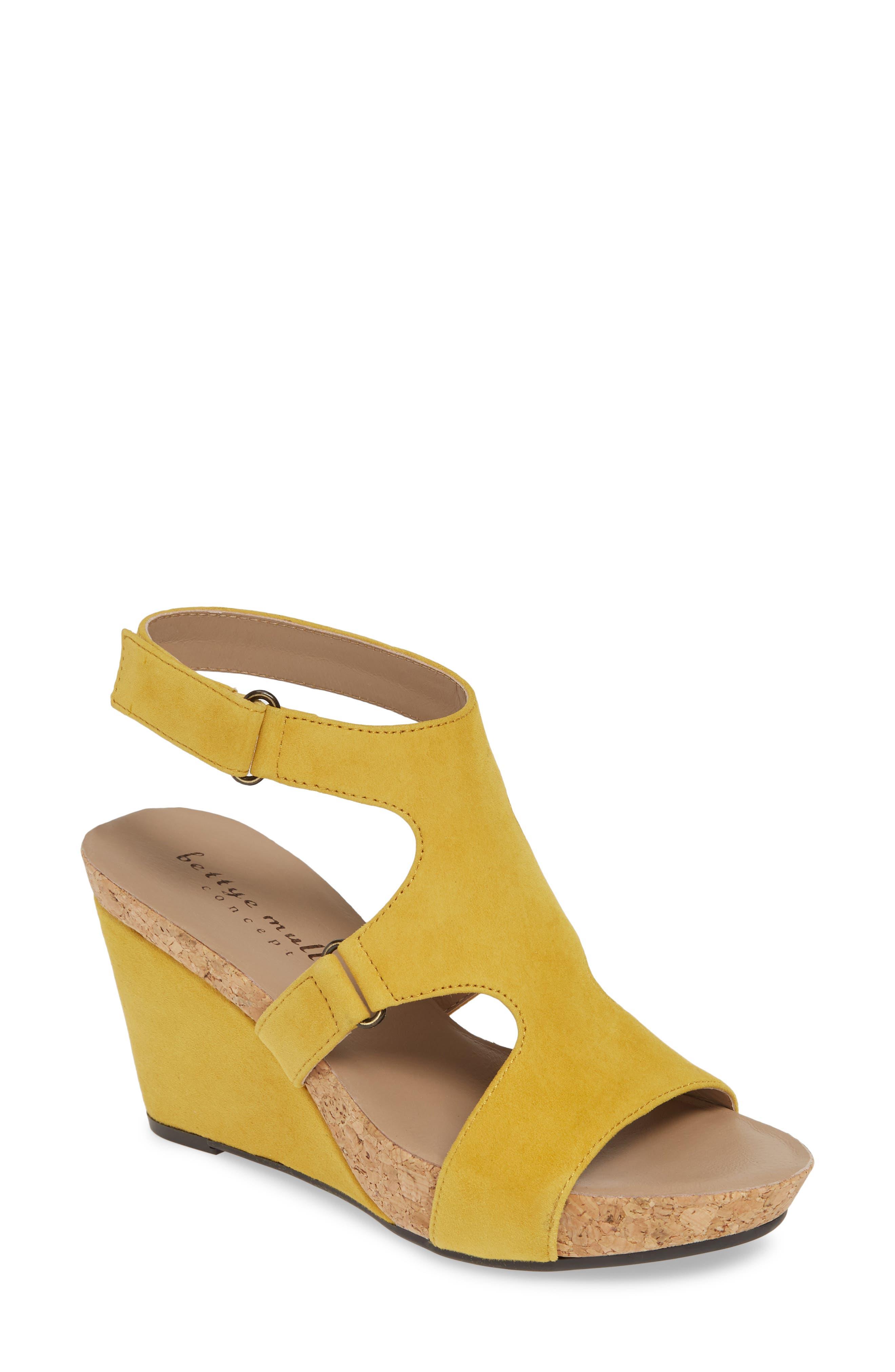 Bettye Muller Concepts Tobias Sandal, Yellow