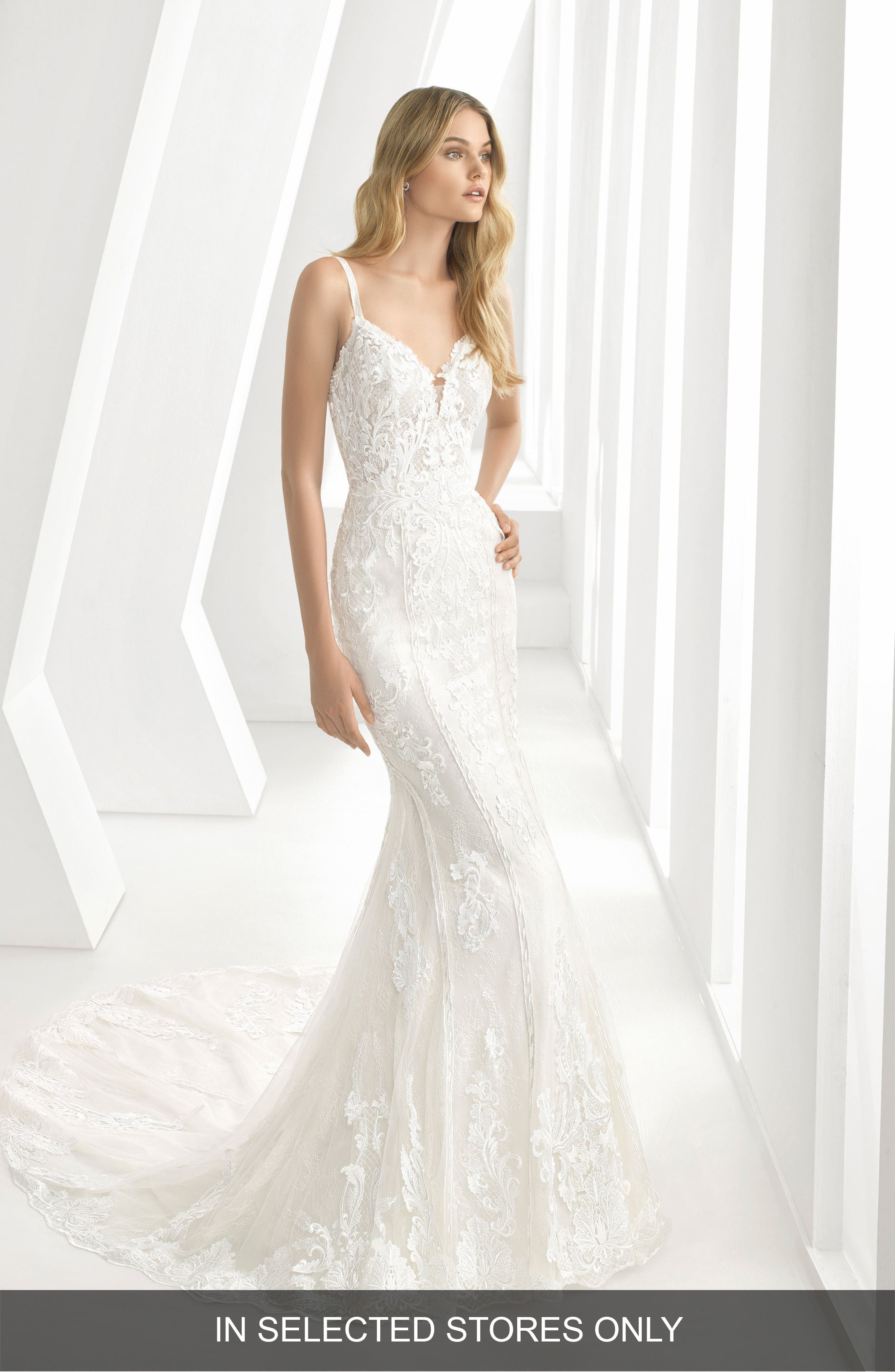 ROSA CLARÁ, Debbie Sweetheart Neck Tulle & Lace Mermaid Gown, Main thumbnail 1, color, IVORY