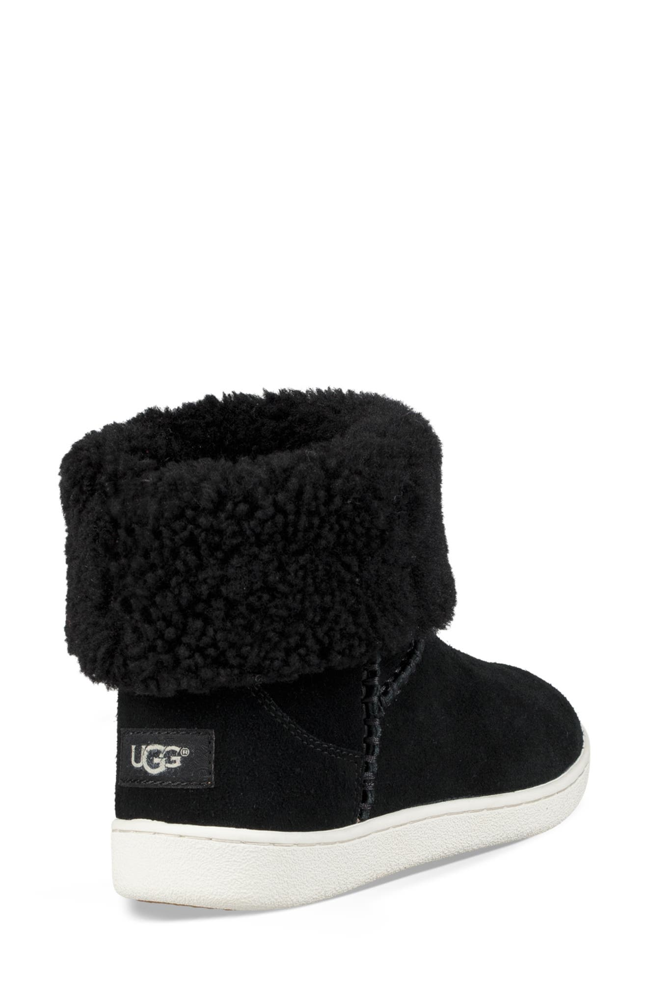 UGG<SUP>®</SUP>, Mika Classic Genuine Shearling Sneaker, Alternate thumbnail 3, color, BLACK