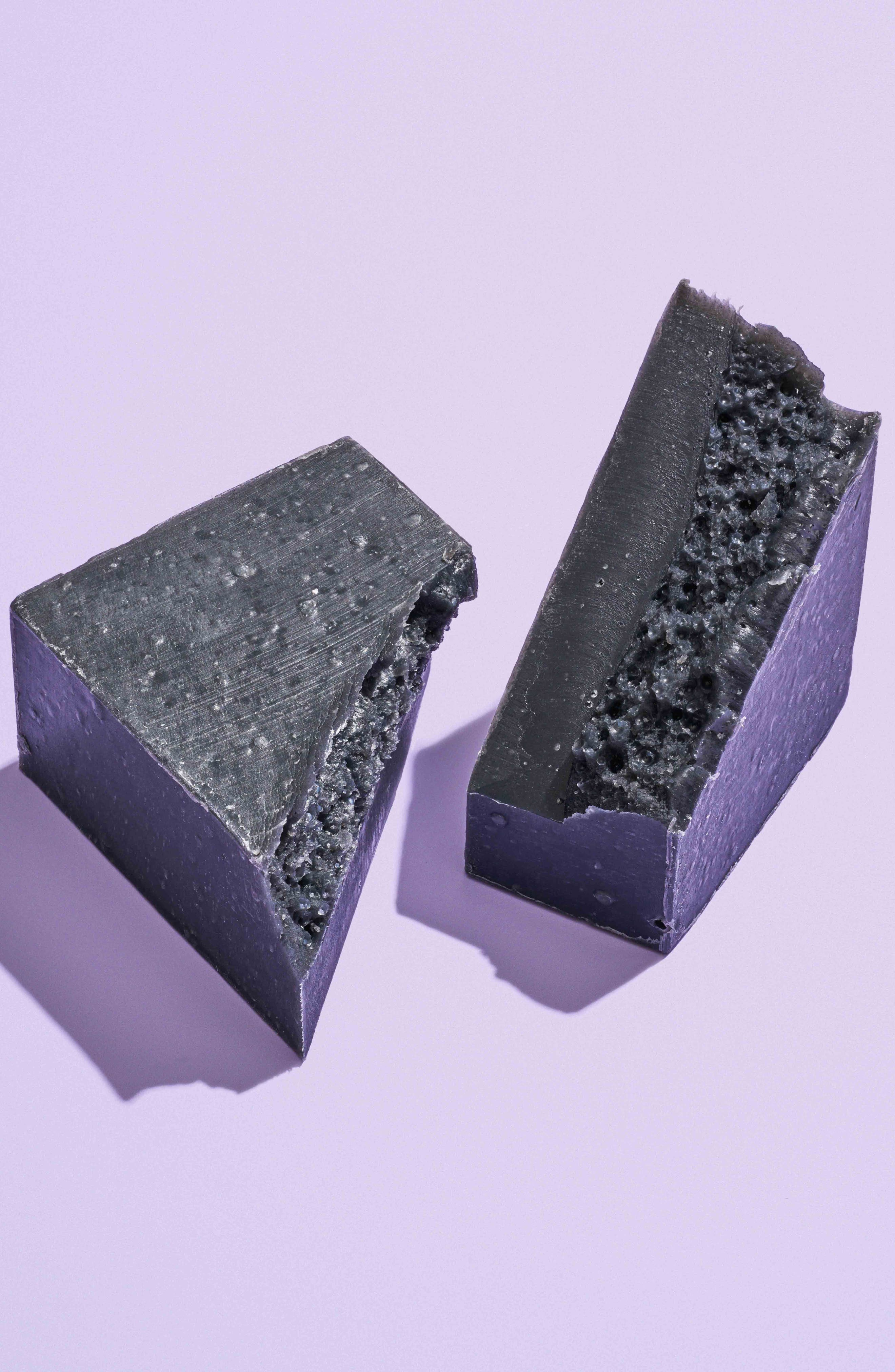 HERBIVORE BOTANICALS, Bamboo Charcoal Cleansing Bar Soap, Alternate thumbnail 2, color, NONE
