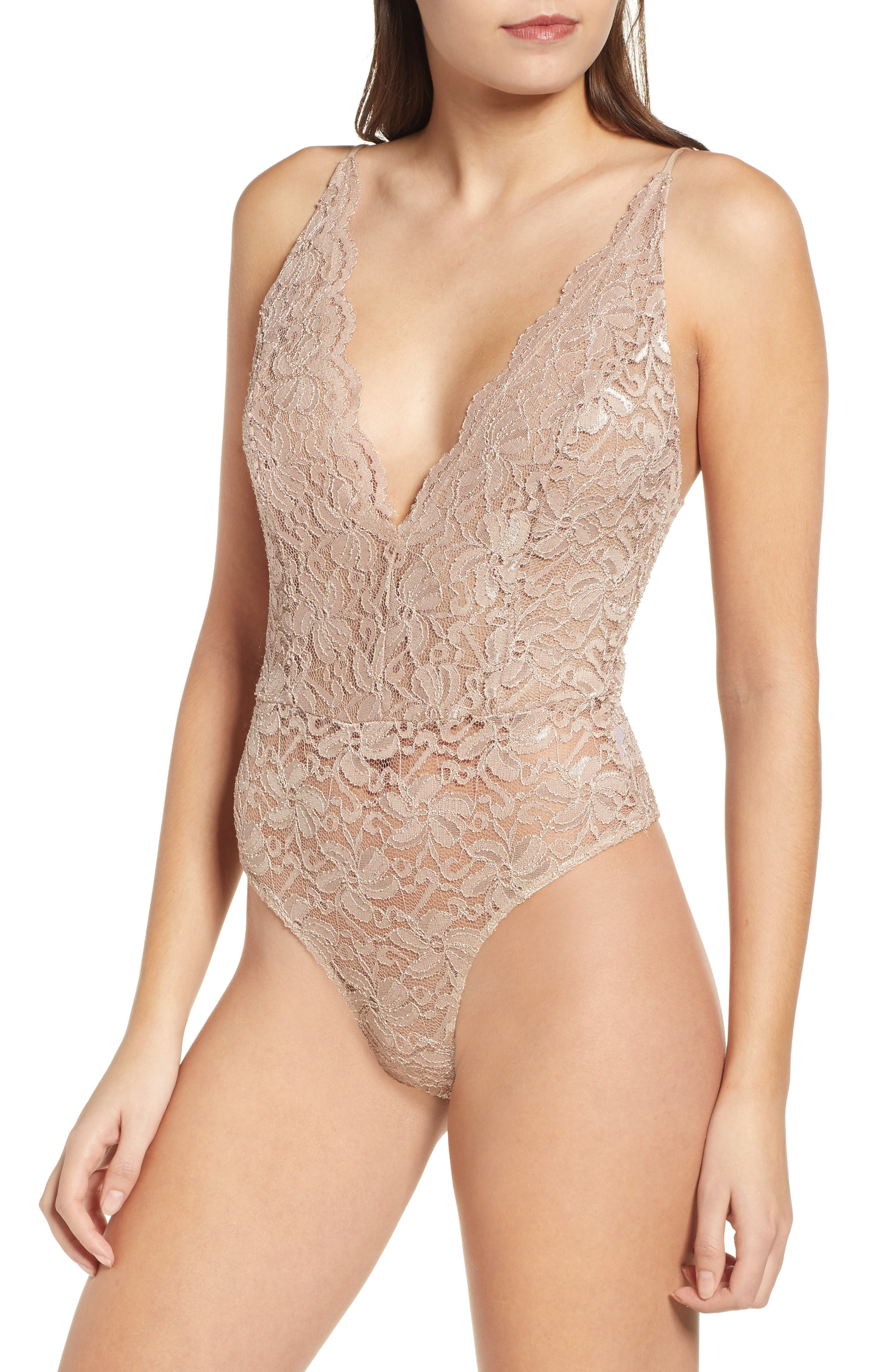 LEITH, Plunge Neck Sleeveless Lace Bodysuit, Alternate thumbnail 4, color, TAN DALE