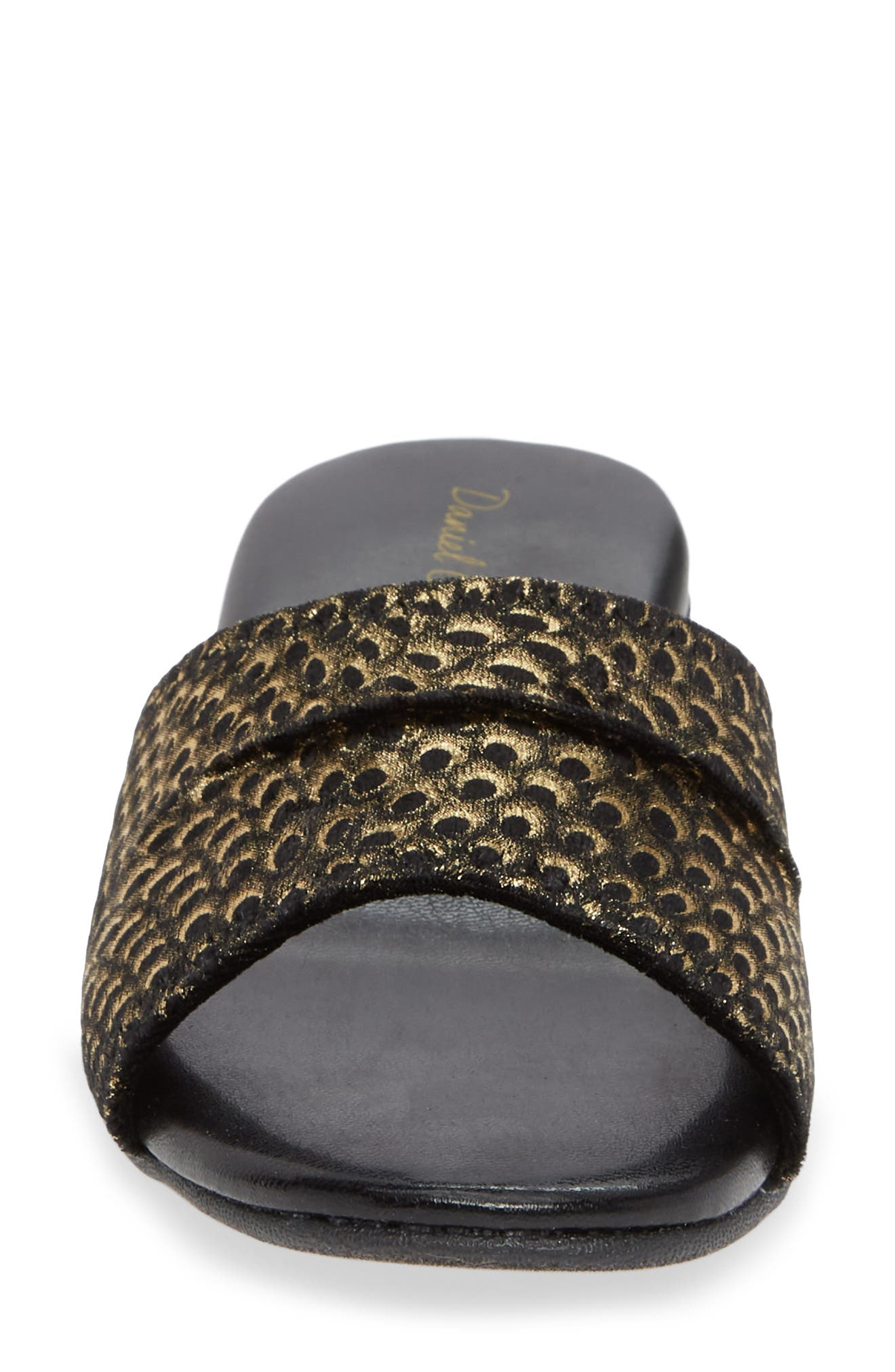 DANIEL GREEN, 'Dormie' Slipper, Alternate thumbnail 4, color, BLACK/ GOLD FABRIC
