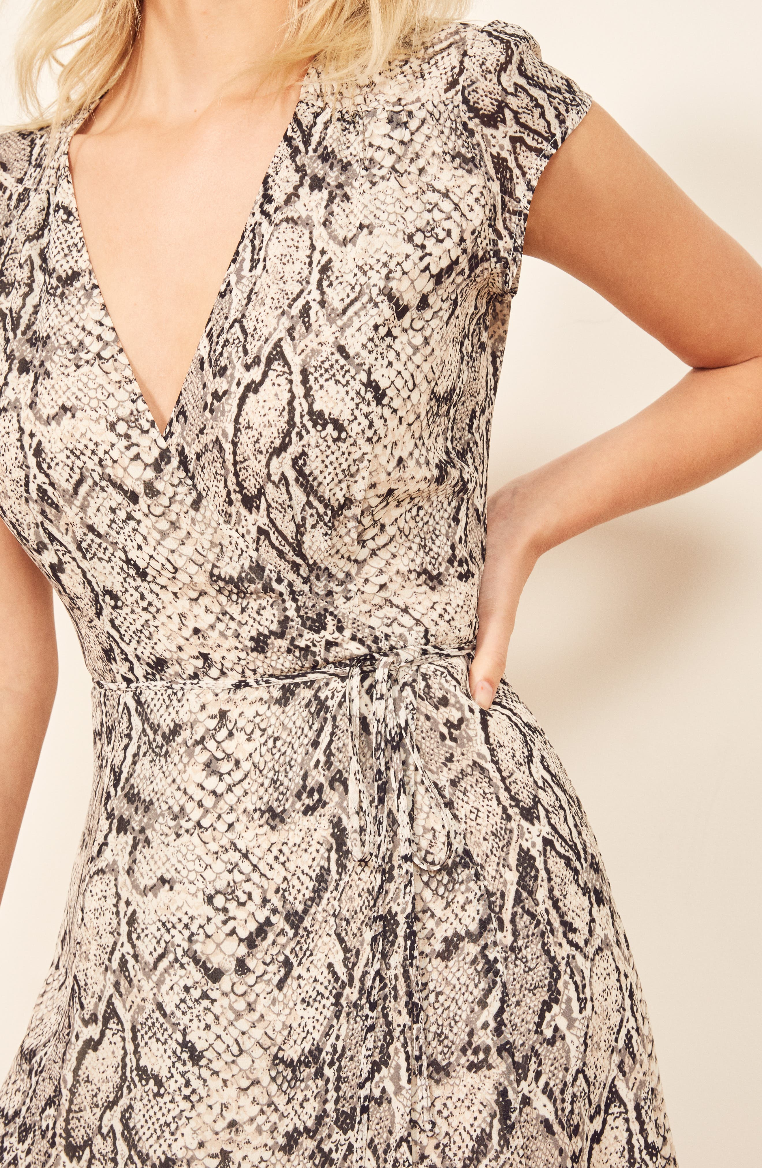 REFORMATION, Carina Midi Wrap Dress, Alternate thumbnail 6, color, RATTLESNAKE