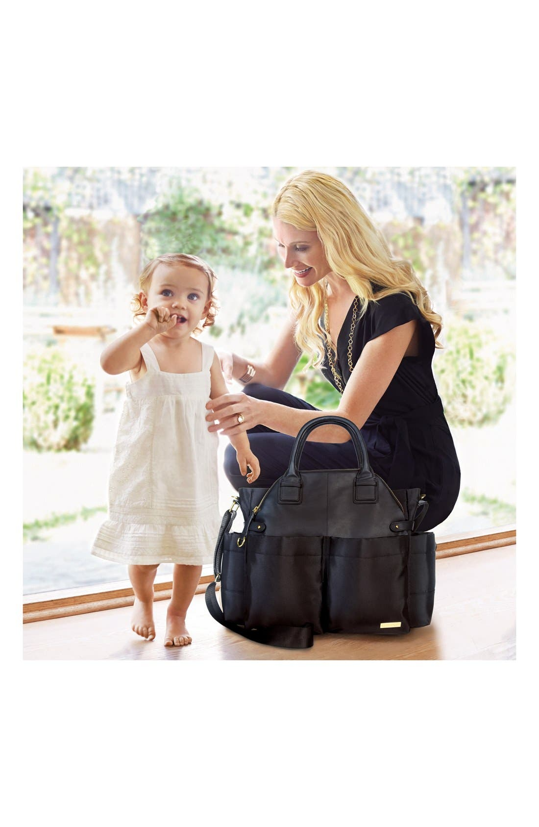 SKIP HOP, 'Chelsea' Diaper Bag, Alternate thumbnail 5, color, BLACK