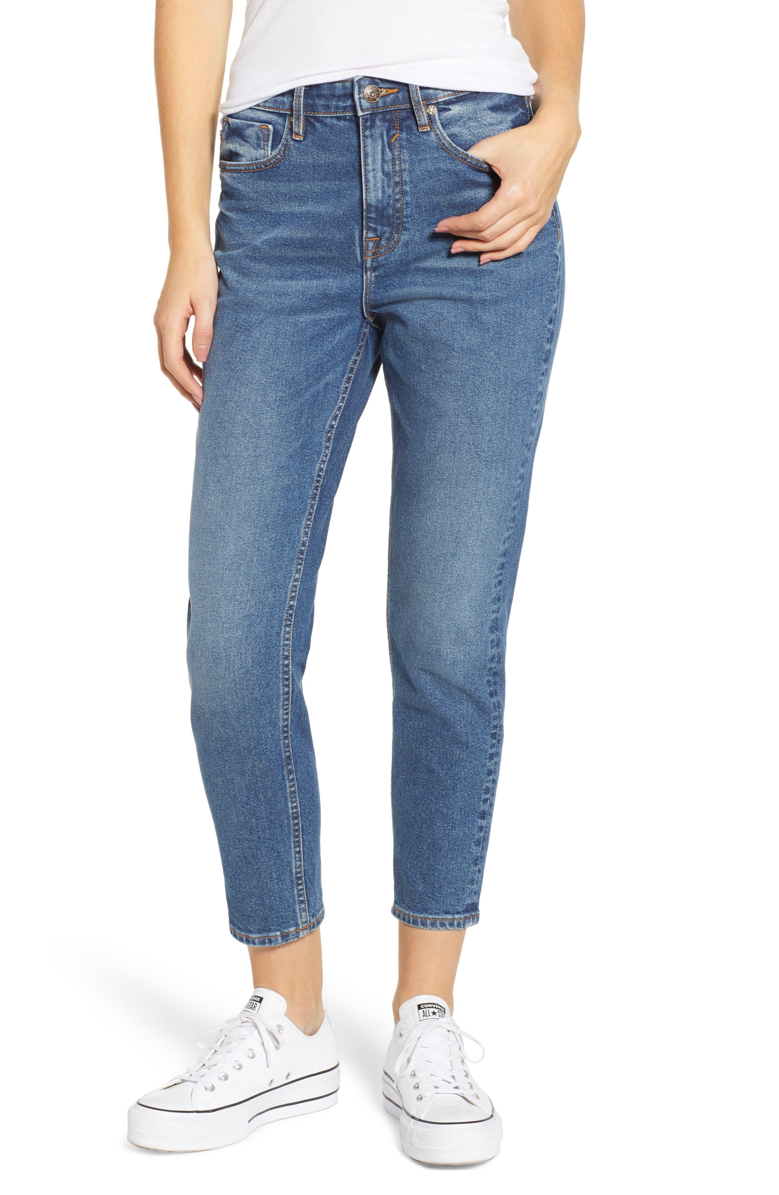 VIGOSS Friday Boyfriend Jeans, Main, color, MEDIUM WASH