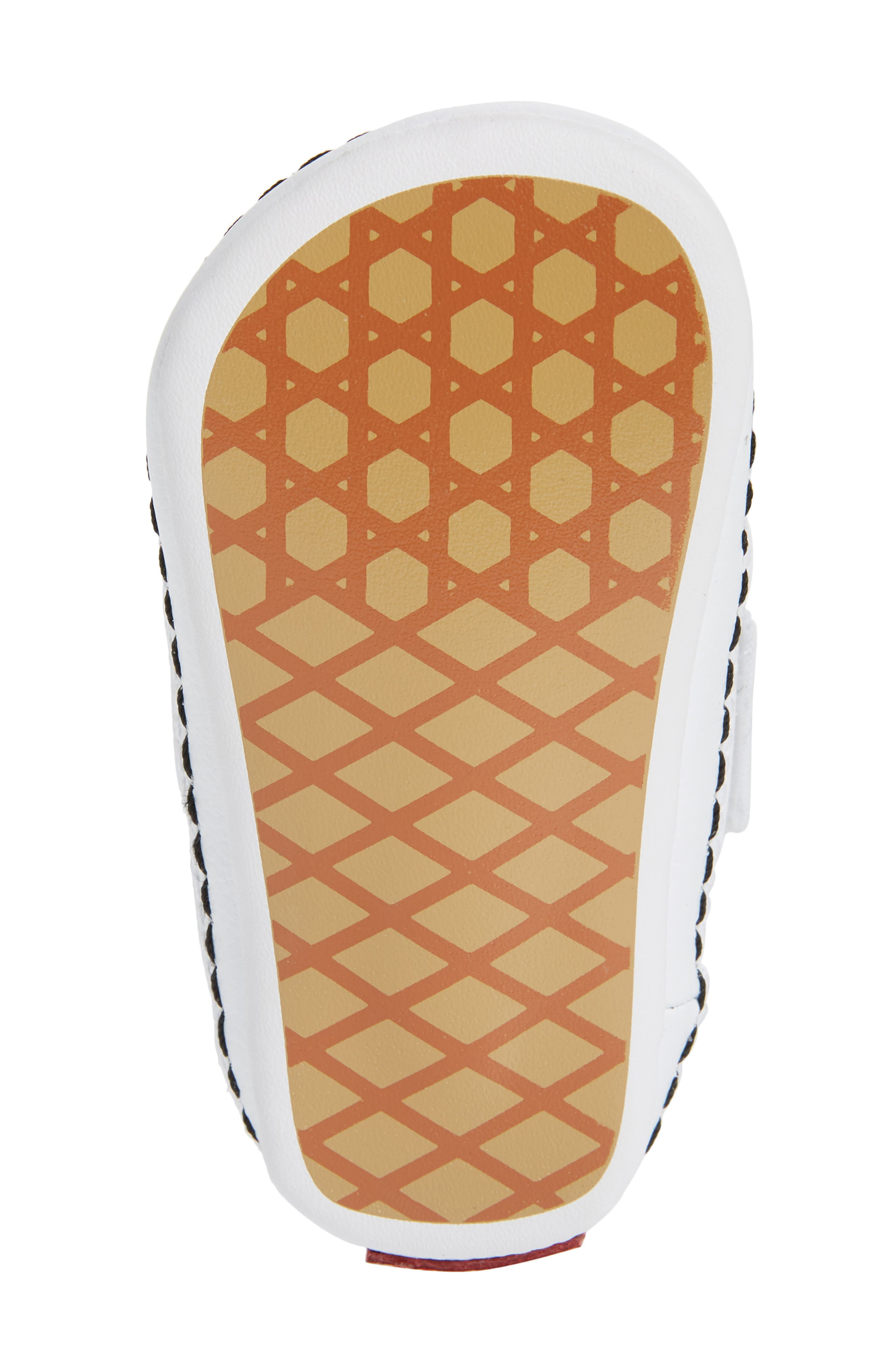 VANS, Slip-On Crib Shoe, Alternate thumbnail 6, color, CHECKERBOARD RAINBOW/ WHITE