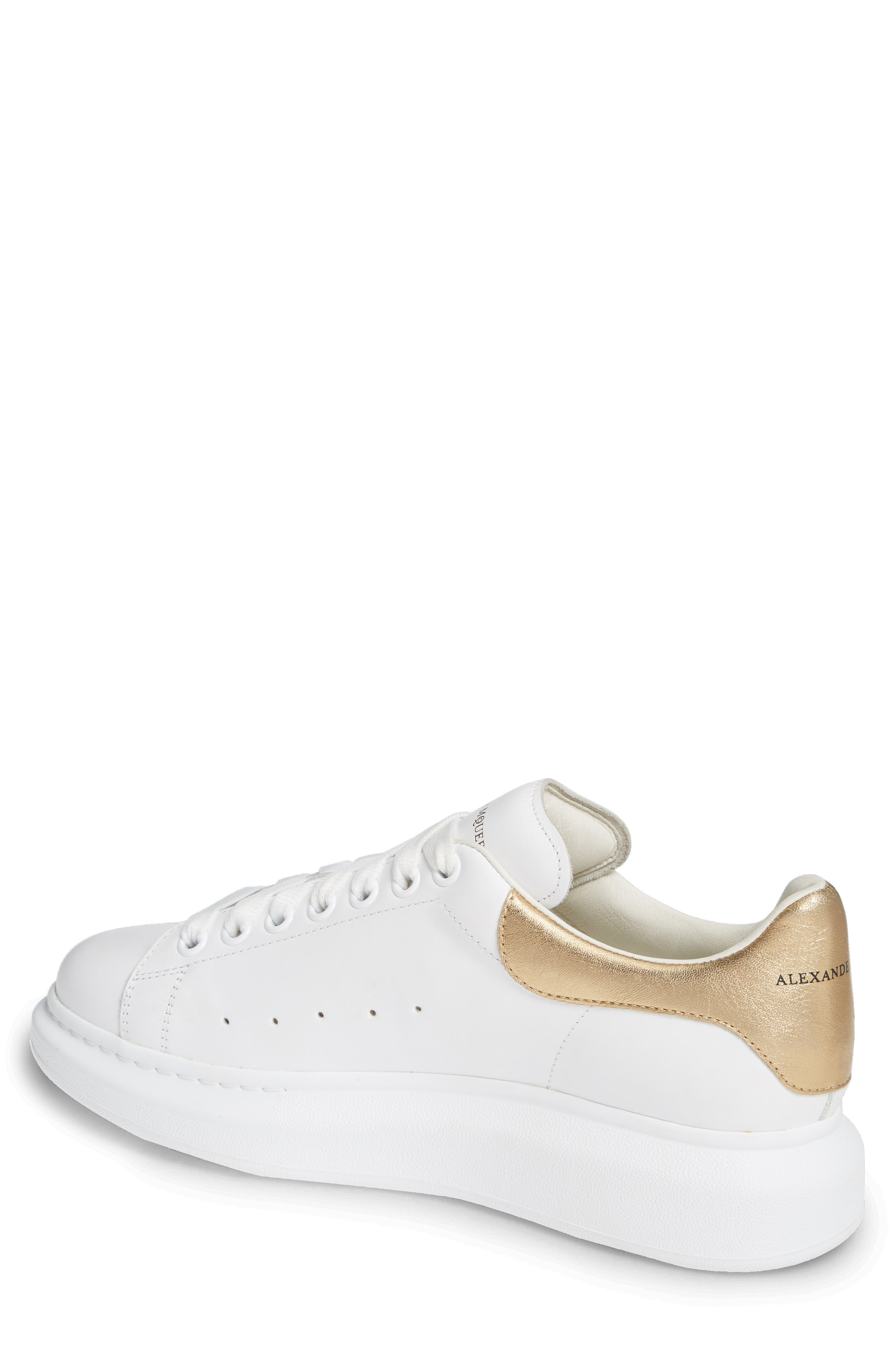 ALEXANDER MCQUEEN, Oversized Sneaker, Alternate thumbnail 2, color, WHITE/ GOLD