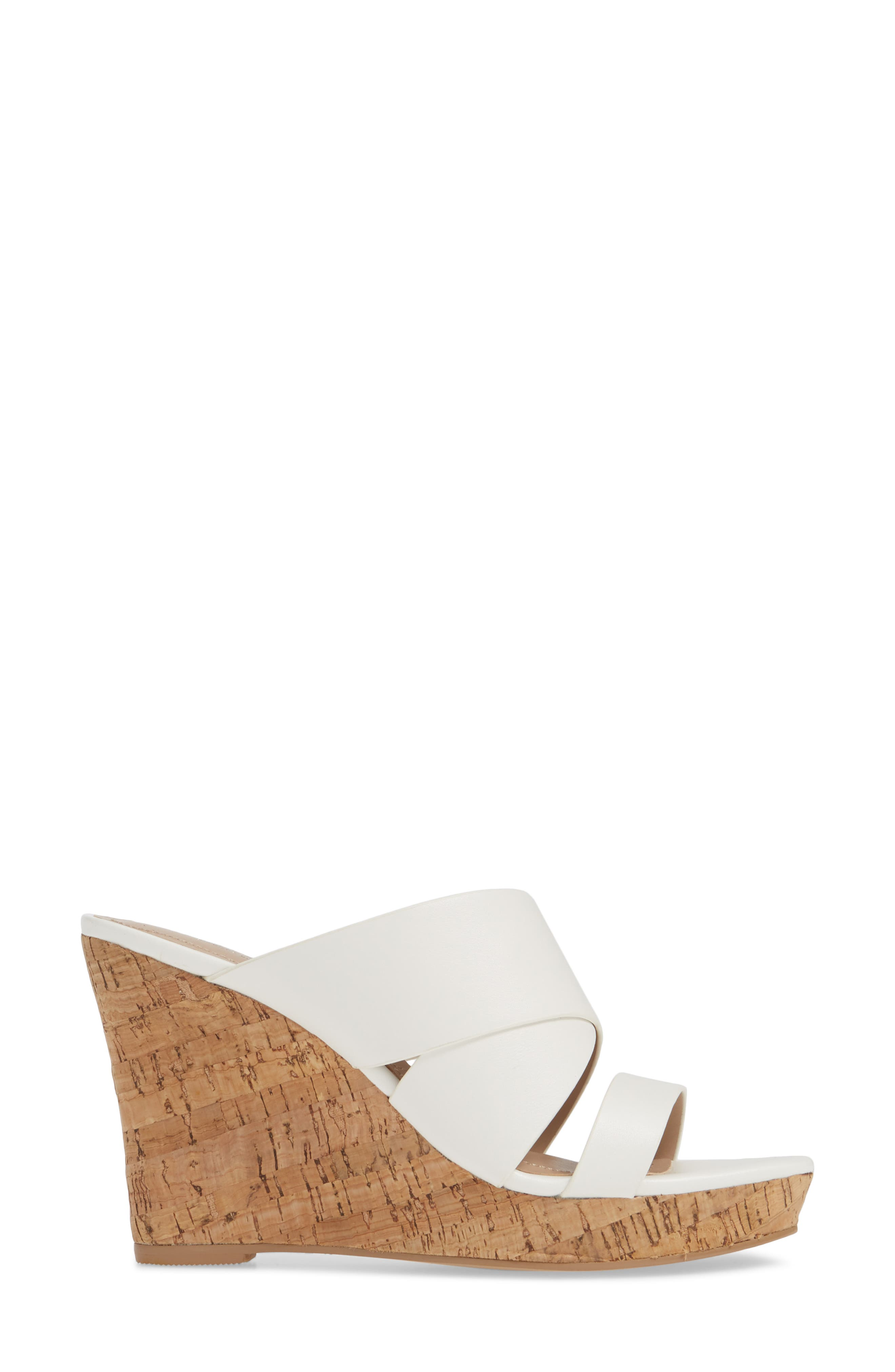 CHARLES BY CHARLES DAVID, Leslie Wedge Sandal, Alternate thumbnail 3, color, WHITE FAUX LEATHER