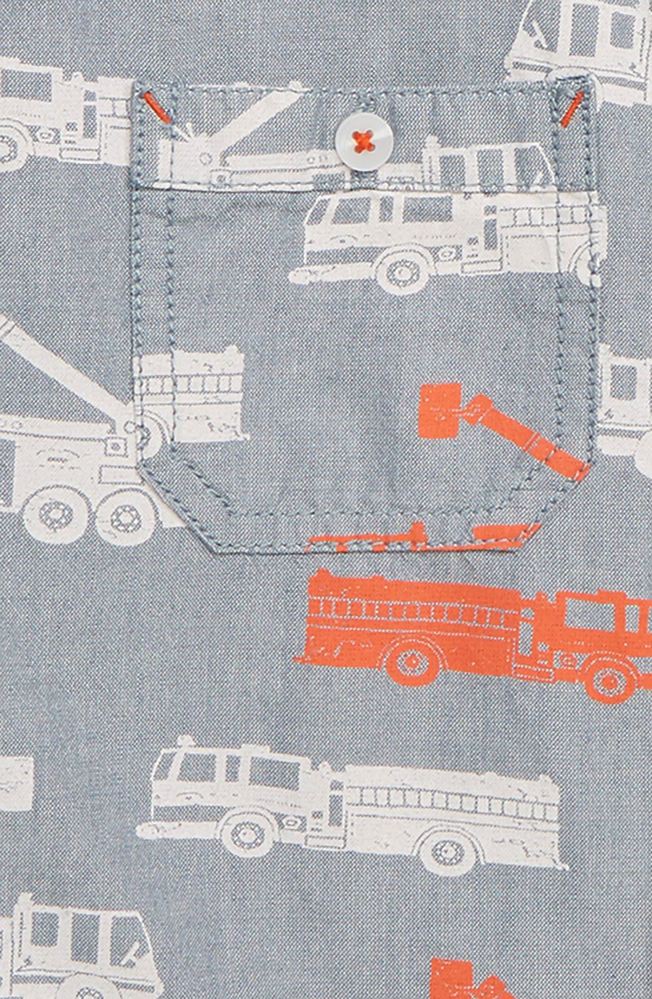 HATLEY, Fire Trucks Print Woven Shirt, Alternate thumbnail 2, color, GREY