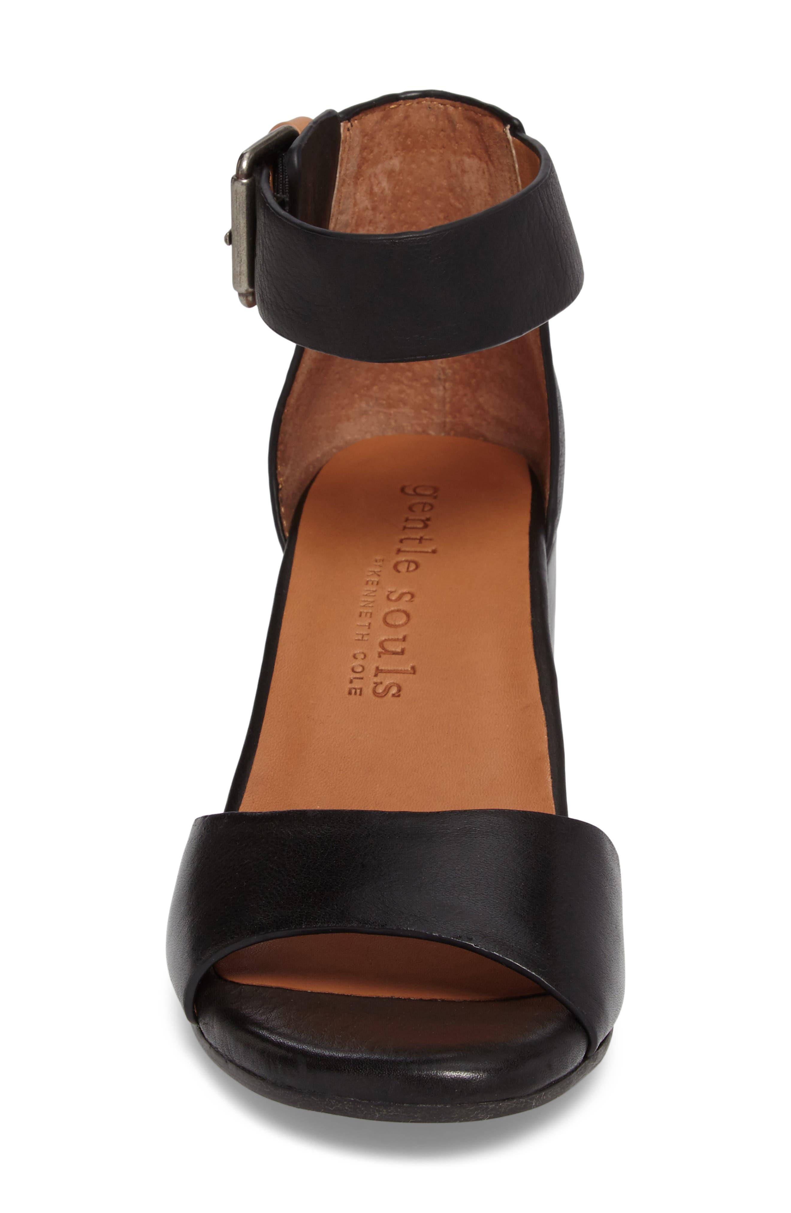GENTLE SOULS BY KENNETH COLE, Christa Block Heel Sandal, Alternate thumbnail 4, color, BLACK LEATHER