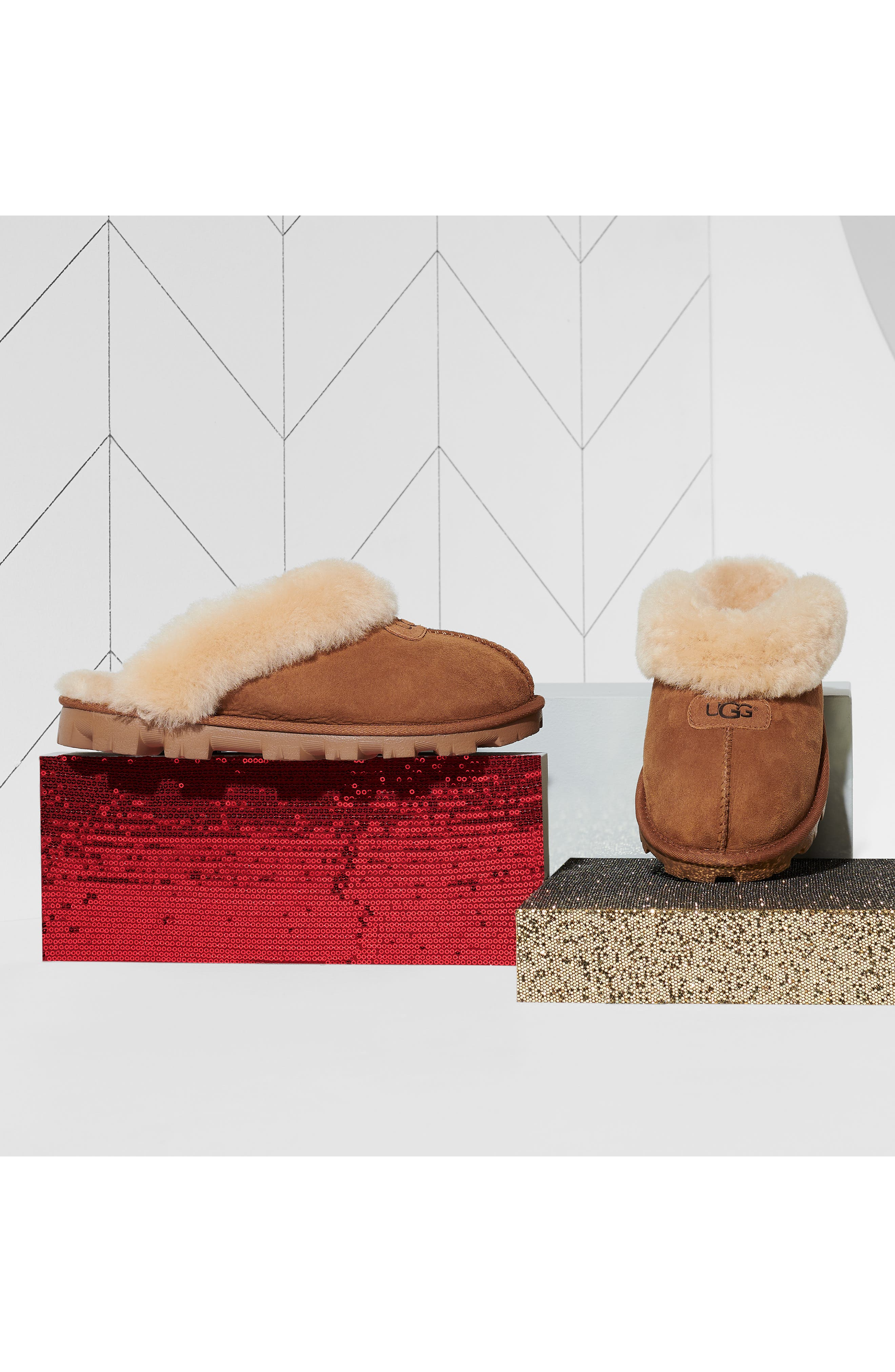 UGG<SUP>®</SUP>, Genuine Shearling Slipper, Alternate thumbnail 13, color, CHESTNUT