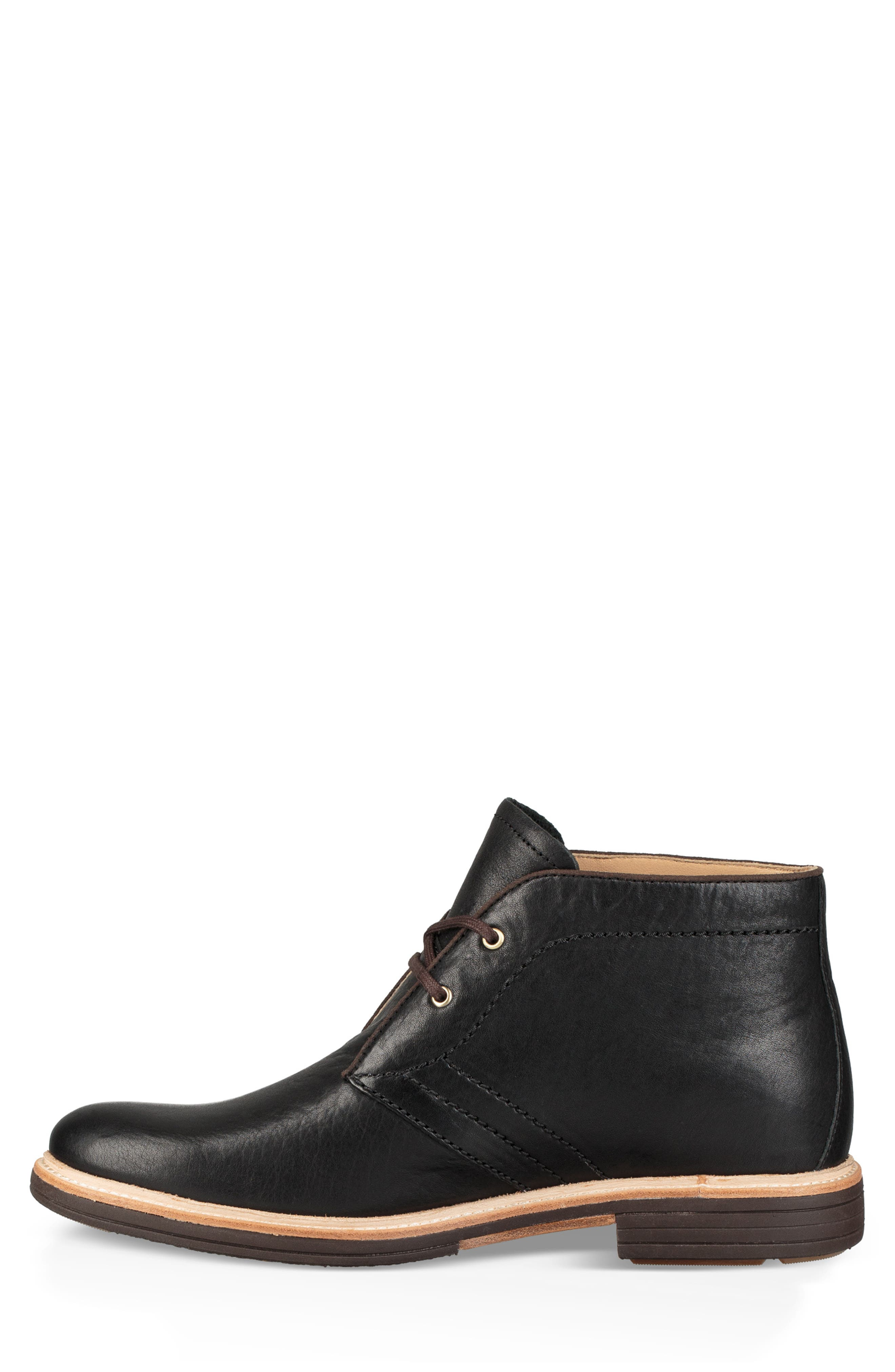 UGG<SUP>®</SUP>, Australia Dagmann Chukka Boot, Alternate thumbnail 3, color, BLACK LEATHER/SUEDE