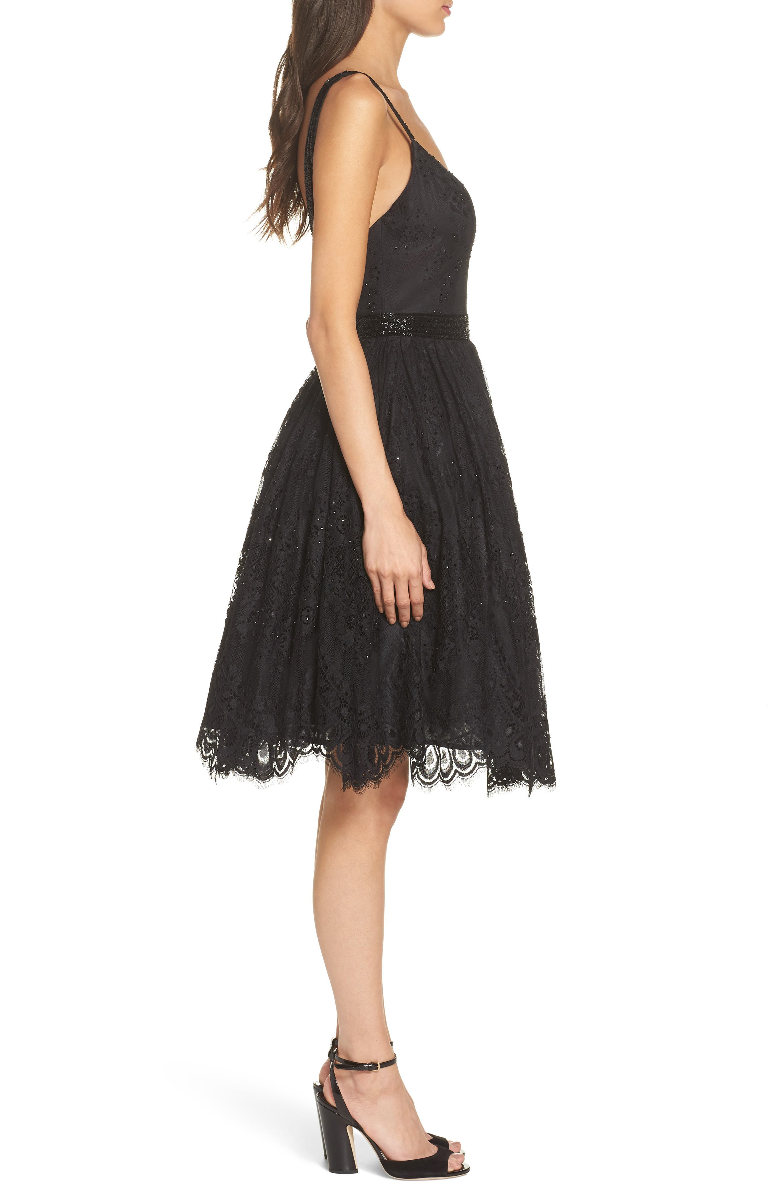 MAC DUGGAL, Sweetheart Neck Lace Party Dress, Alternate thumbnail 4, color, BLACK
