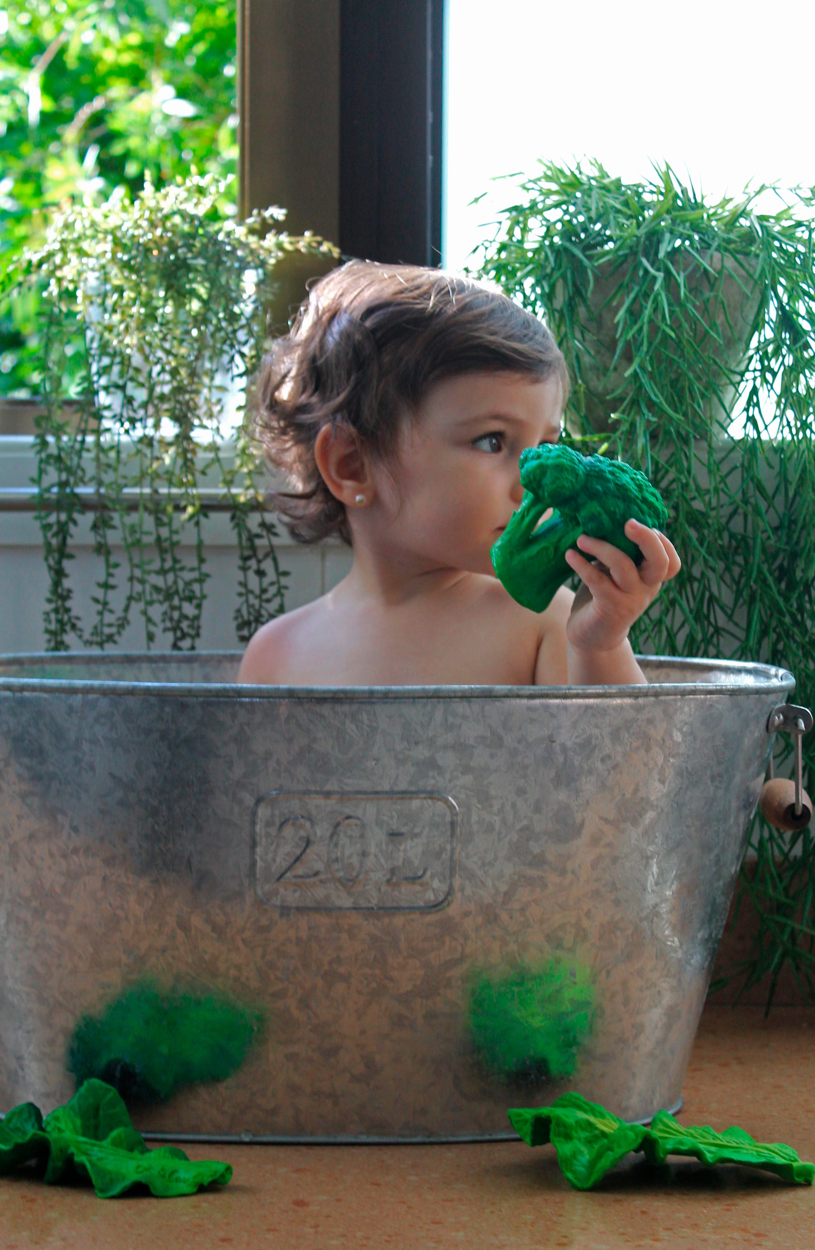 OLI & CAROL, Oli and Carol Brucy the Broccoli Teething Toy, Alternate thumbnail 7, color, GREEN
