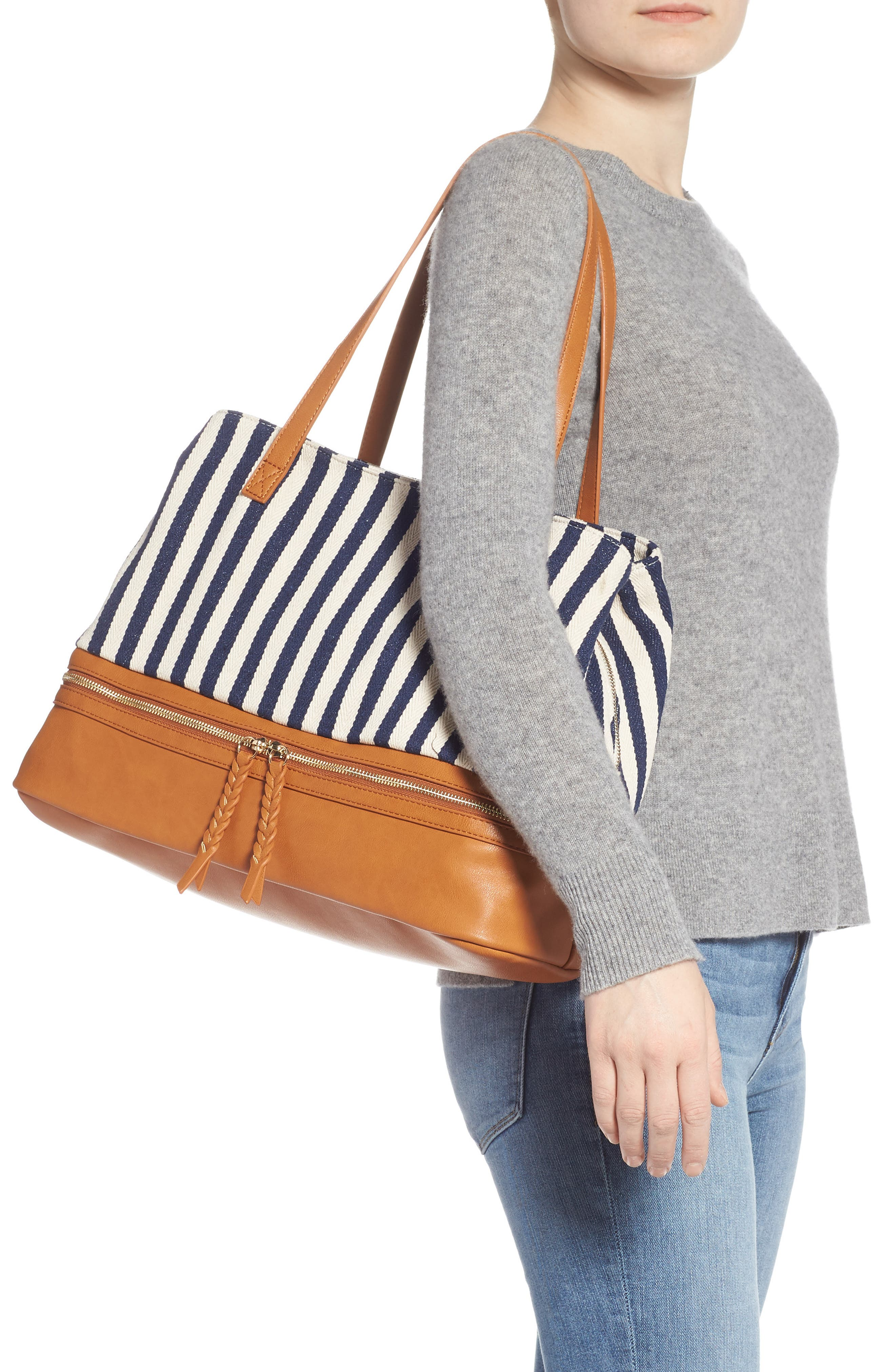 STREET LEVEL, Faux Leather Trim Weekend Bag with Shoe Base, Alternate thumbnail 2, color, 400