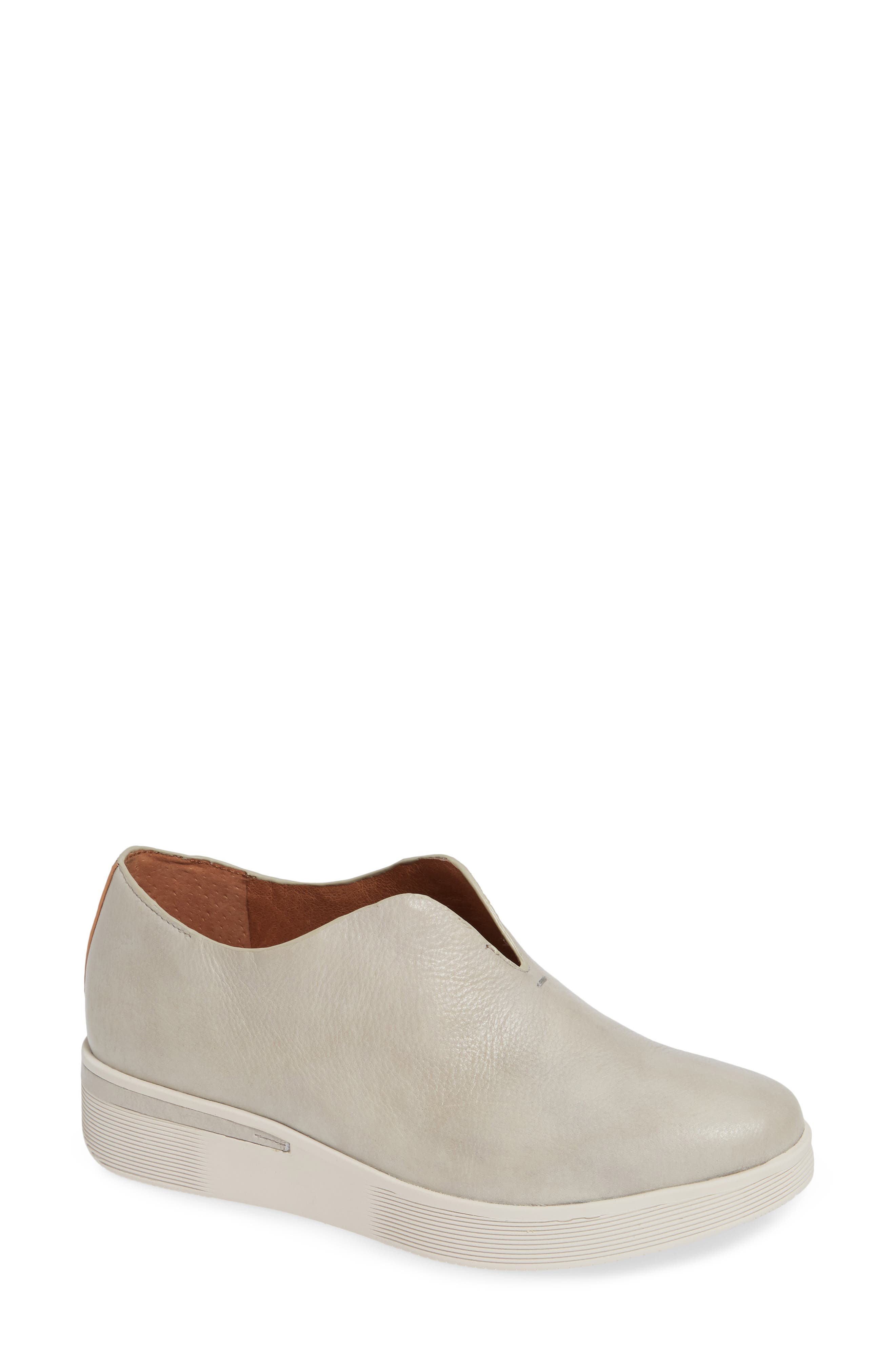GENTLE SOULS BY KENNETH COLE, Hanna Slip-On Sneaker, Main thumbnail 1, color, LIGHT GREY LEATHER