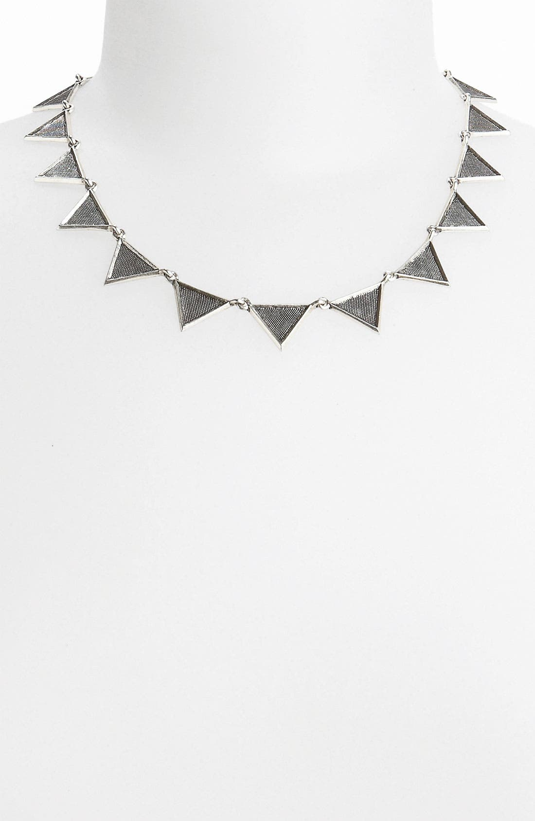 HOUSE OF HARLOW 1960, Crosshatched Triangle Collar Necklace, Main thumbnail 1, color, 040